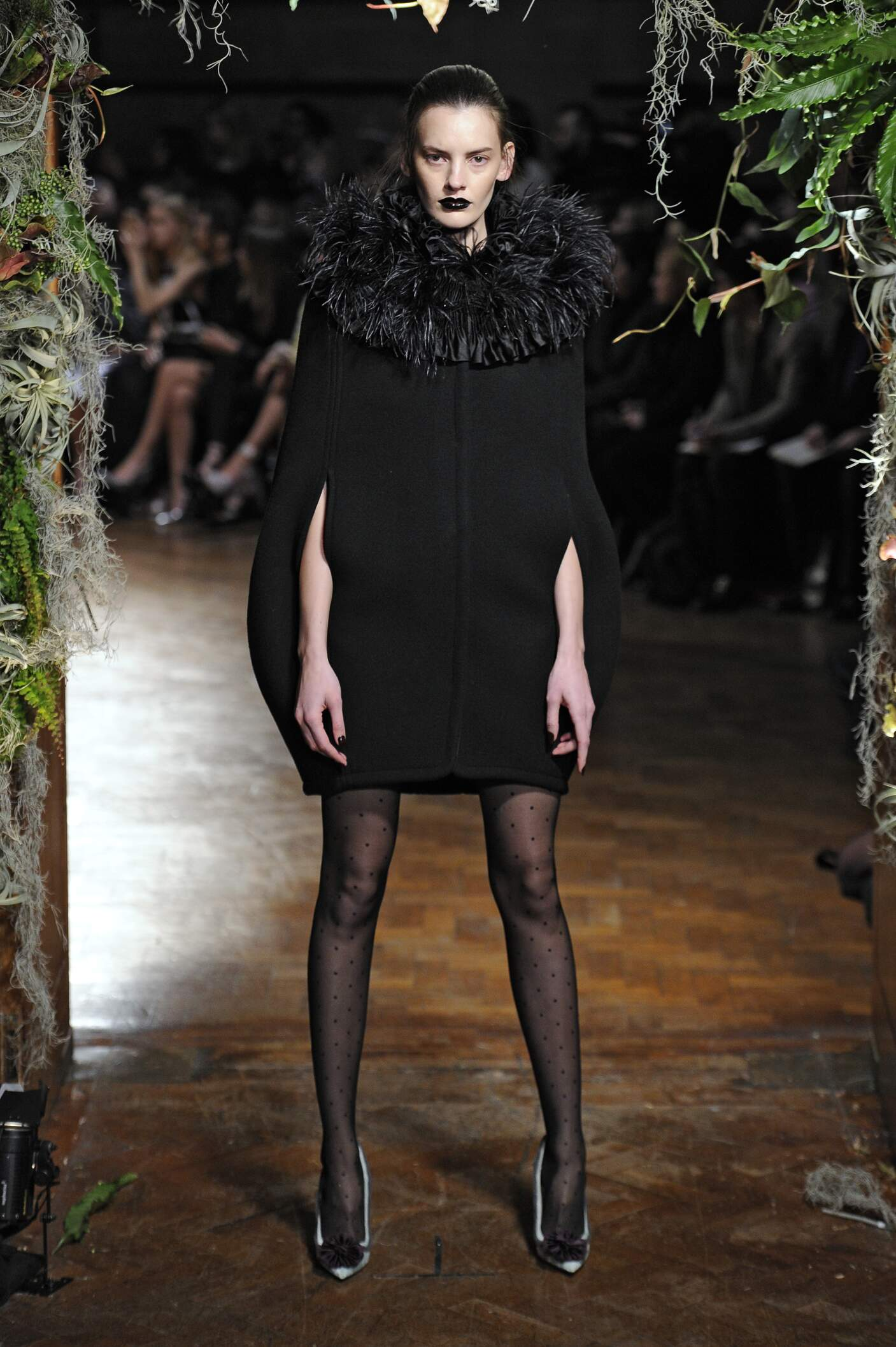 Giles Fall Winter 2015 16 Womenswear Collection London Fashion Week Fashion Show