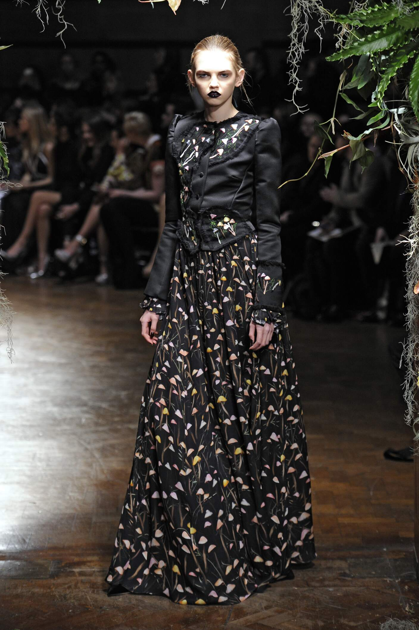 Giles Women's Collection 2015 2016