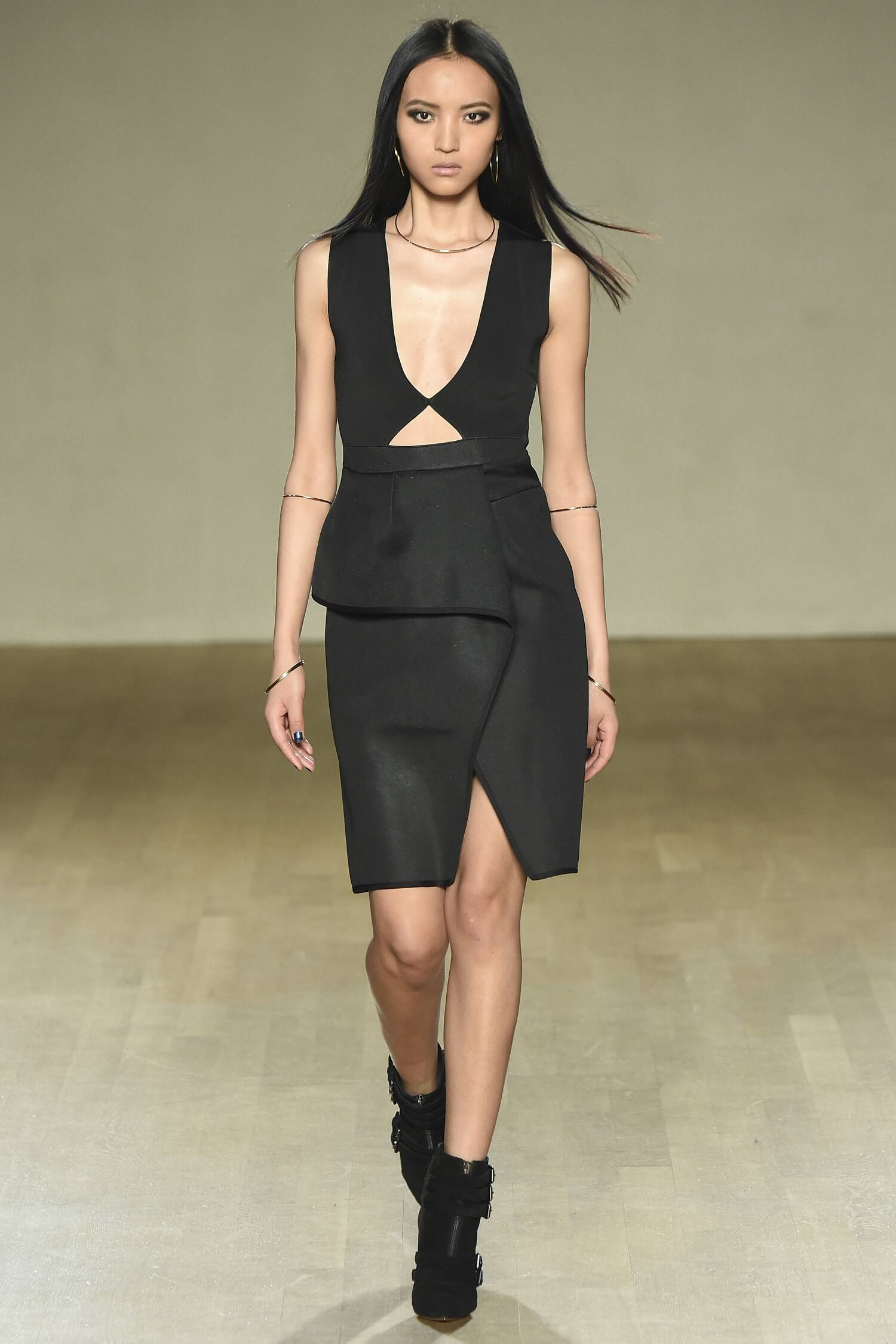 Issa Fall Winter 2015 16 Women's Collection London Fashion Week Fashion Show