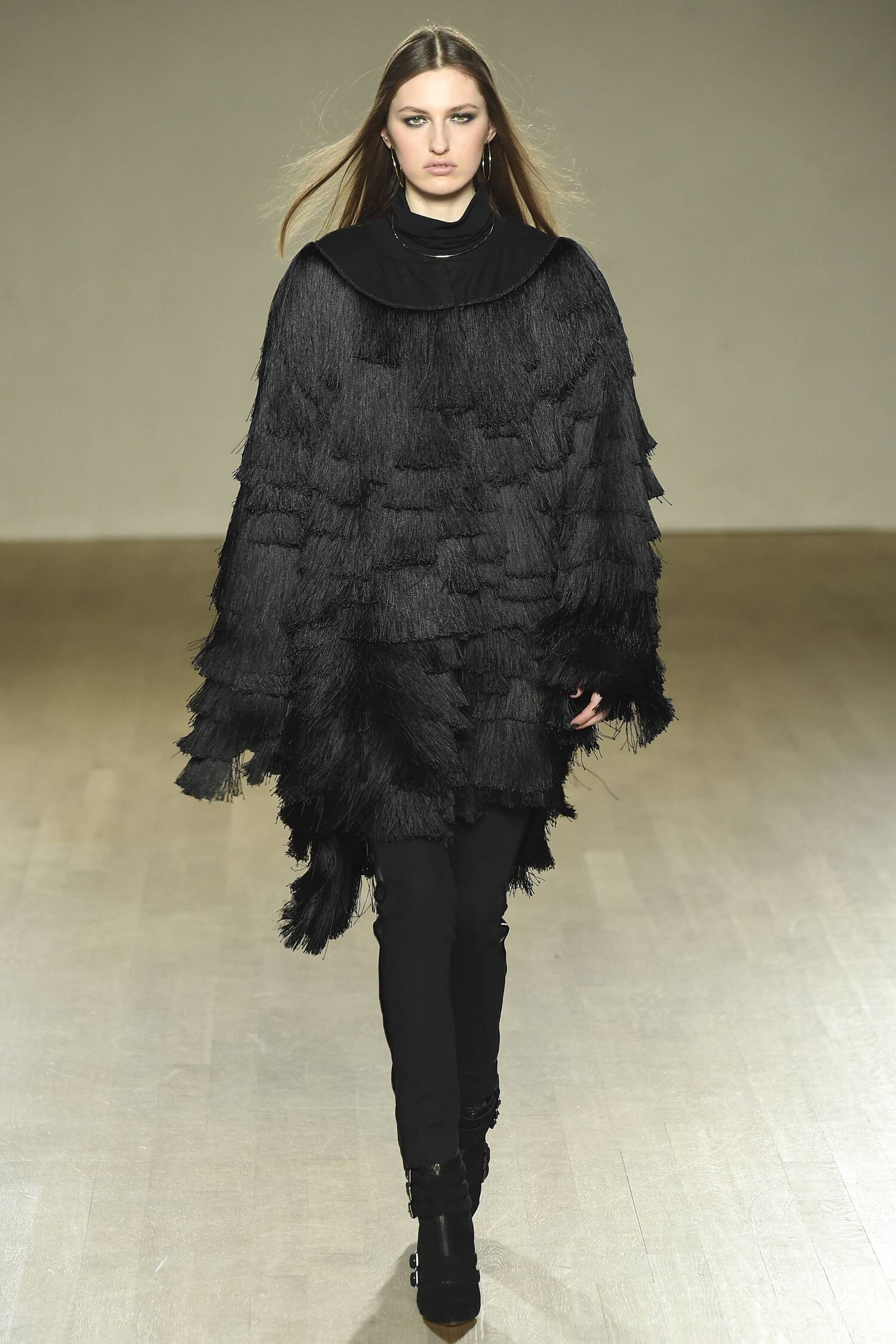 Issa Fall Winter 2015 16 Womens Collection London Fashion Week
