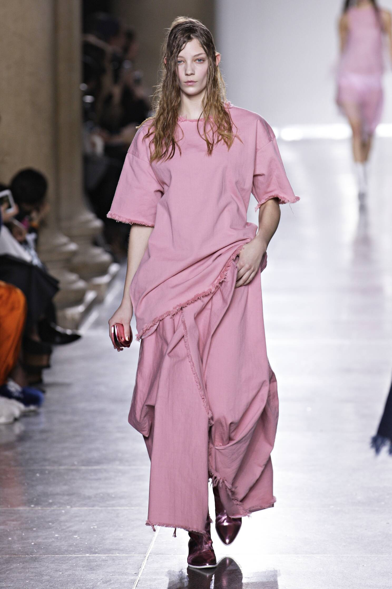 Marques Almeida Fall Winter 2015 16 Womenswear Collection London Fashion Week Fashion Show