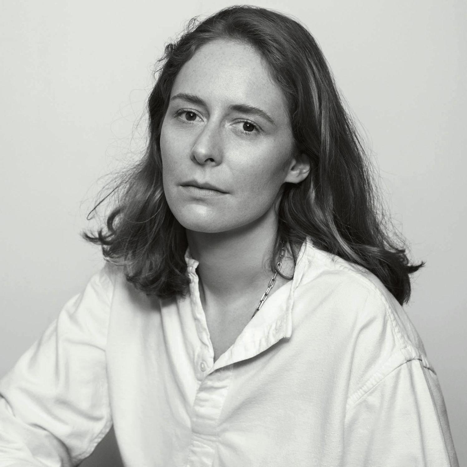 Portrait Nadège Vanhée Cybulski crédit Inez et Vinoodh