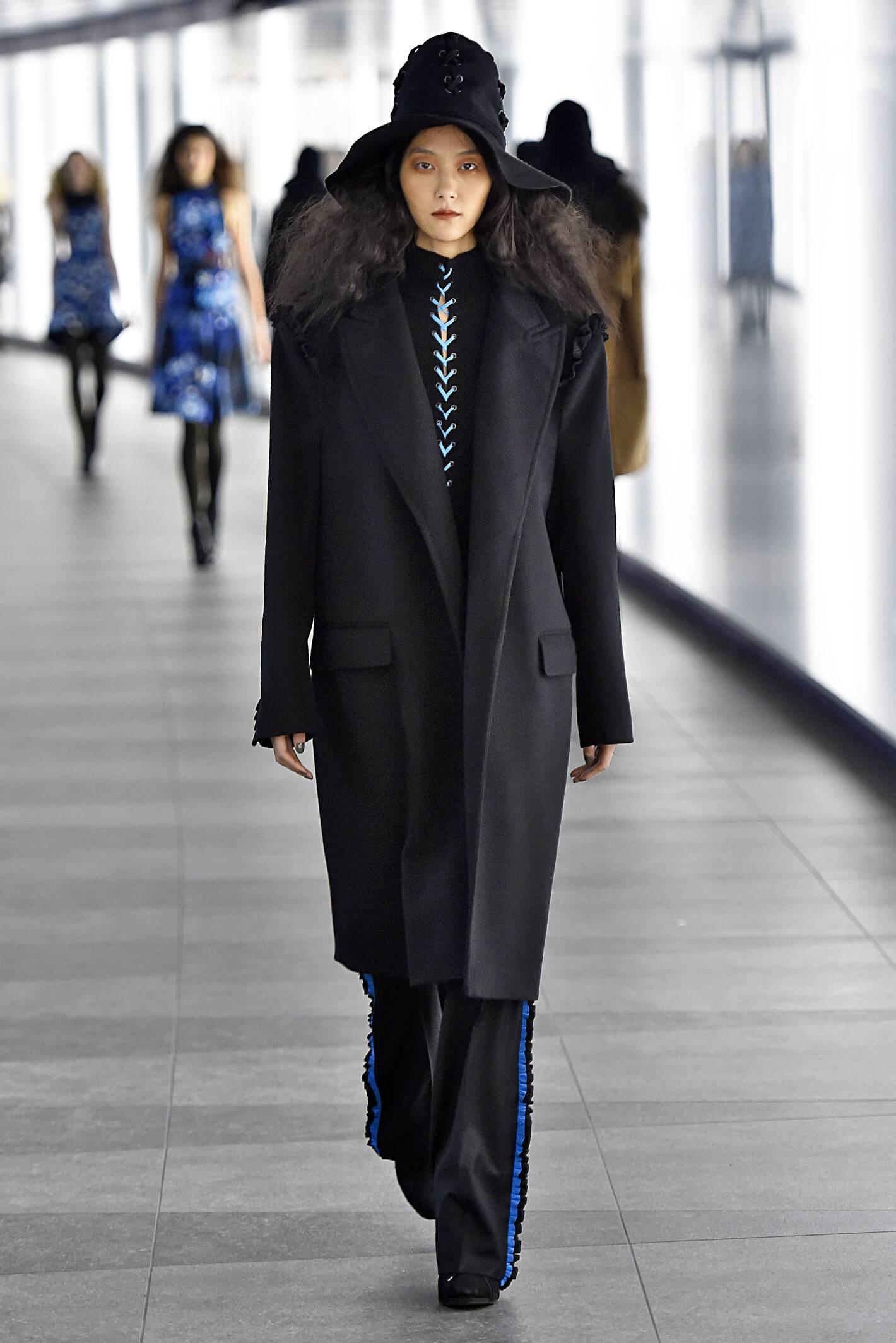 Preen by Thornton Bregazzi Collection Fashion Show FW 2015 2016