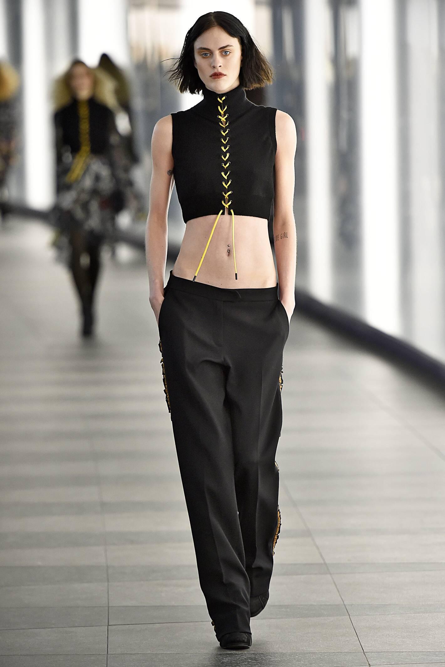 Preen by Thornton Bregazzi Collection Fashion Trends