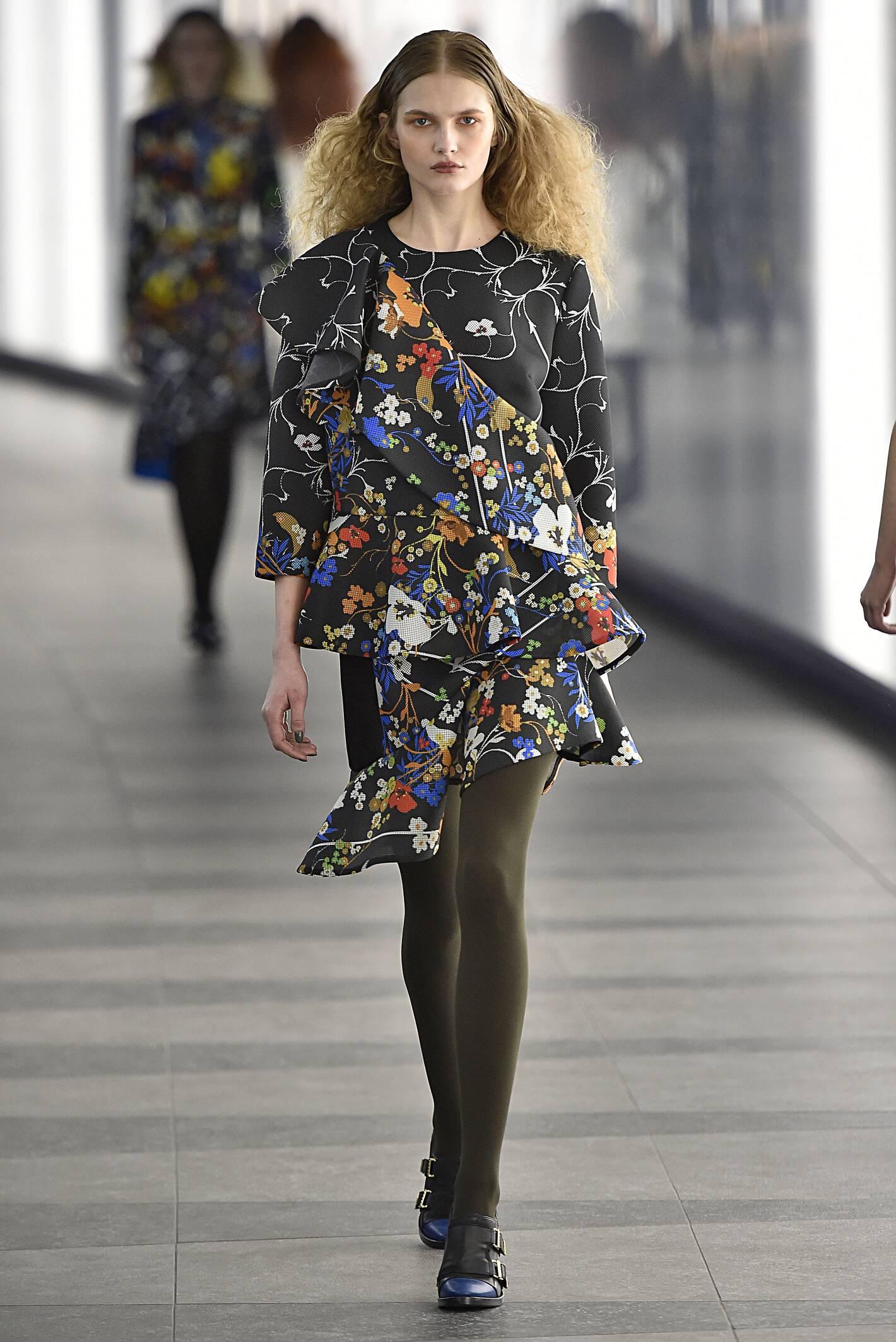 Preen by Thornton Bregazzi Collection Woman London Fashion Week