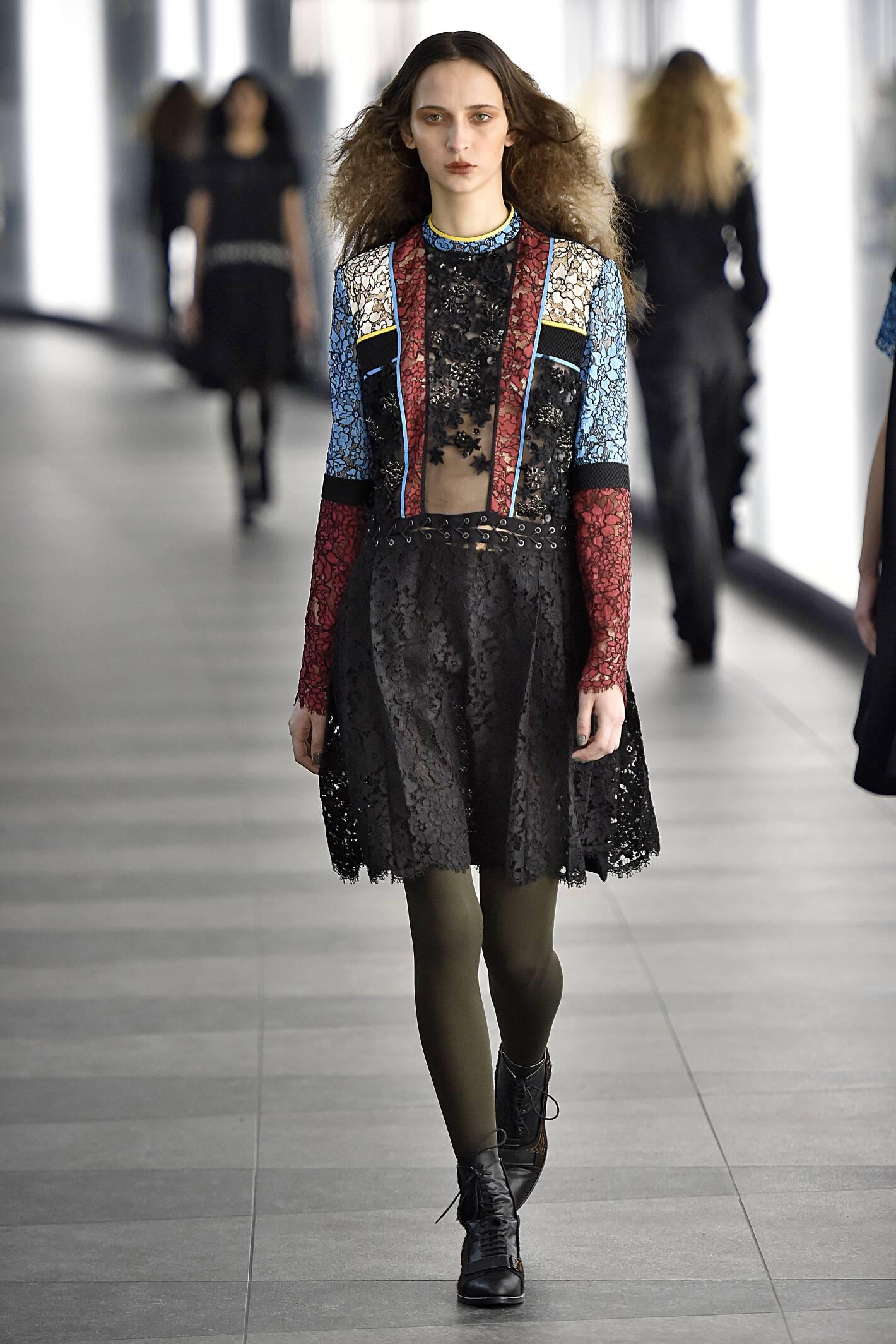 Preen by Thornton Bregazzi Fall Winter 2015 16 Womens Collection London Fashion Week