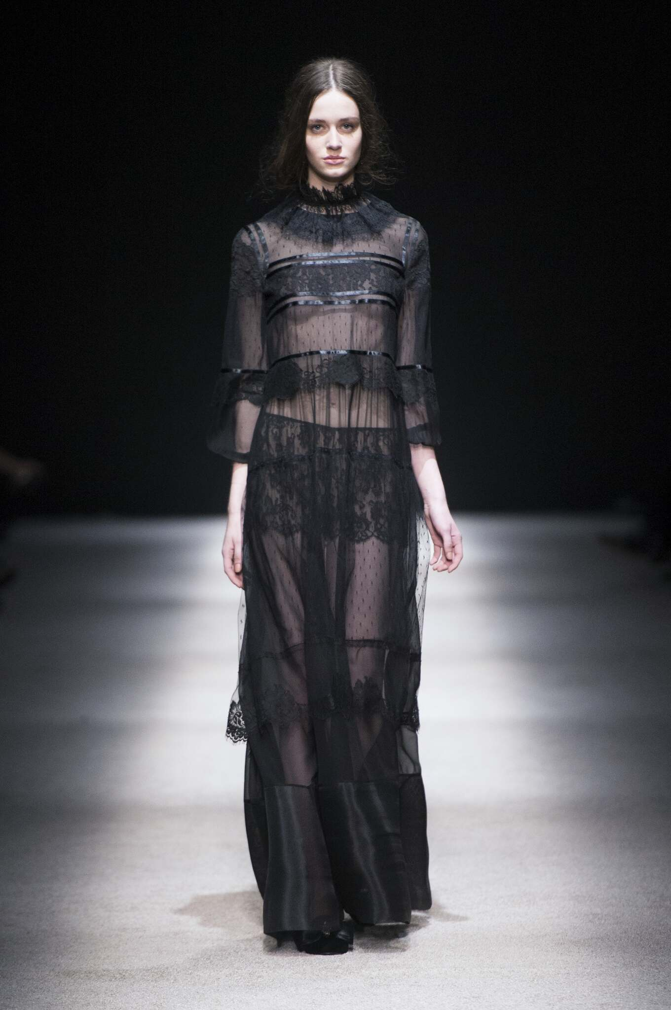 Runway Alberta Ferretti Fashion Show Winter 2015
