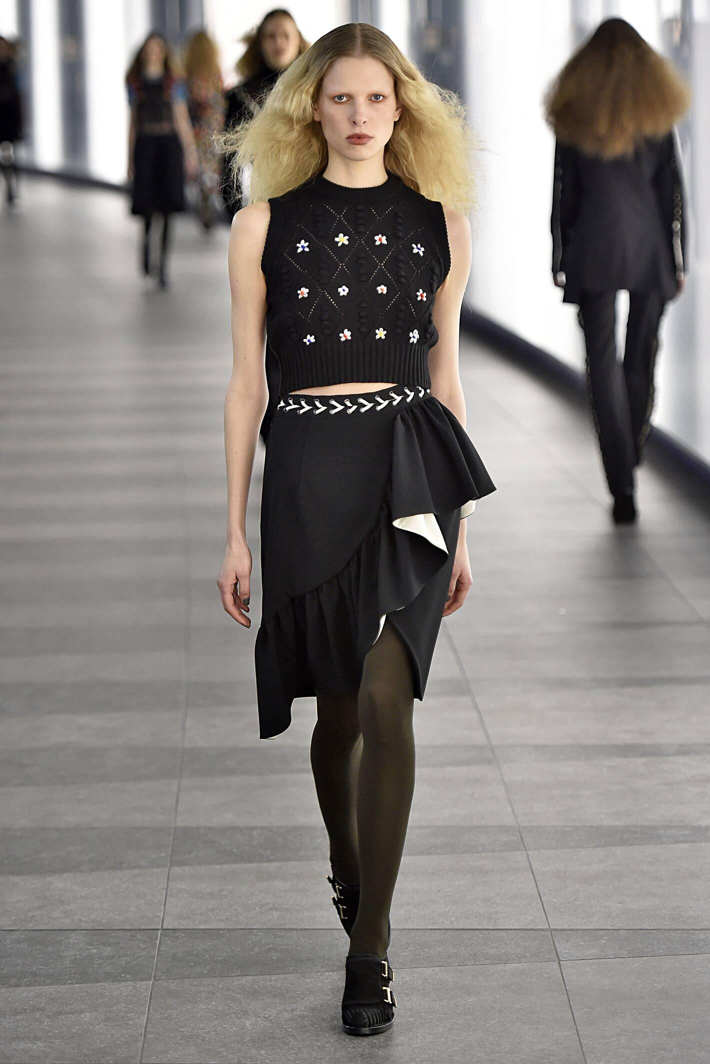 Runway Preen by Thornton Bregazzi Fall Winter 2015 16 Women's Collection London Fashion Week