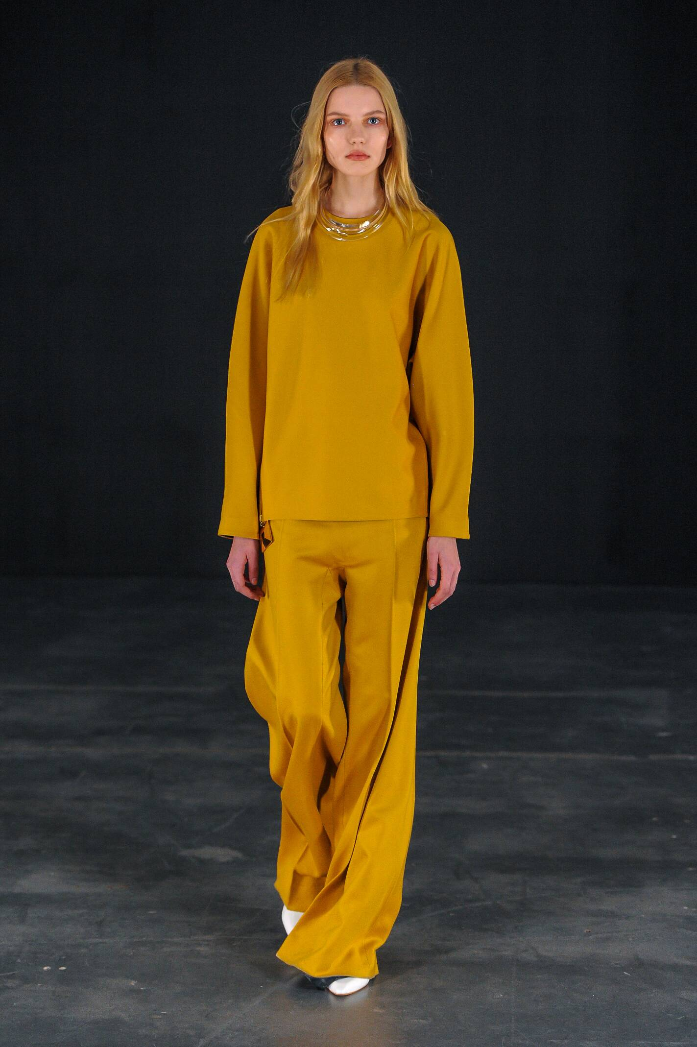 Runway Thomas Tait Fall Winter 2015 16 Women's Collection London Fashion Week