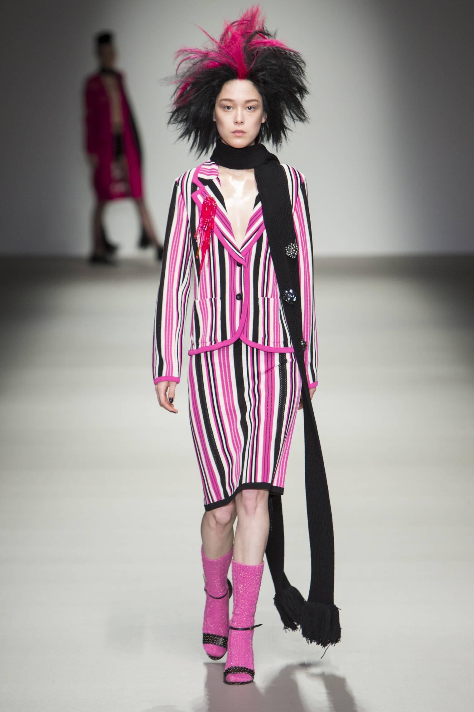 Fashion Shows in London Fashion Show 2015 London
