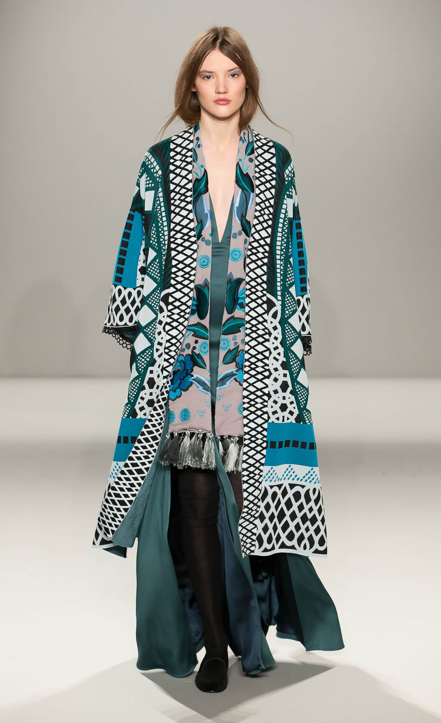 Temperley London Collection Fall 2015 Catwalk