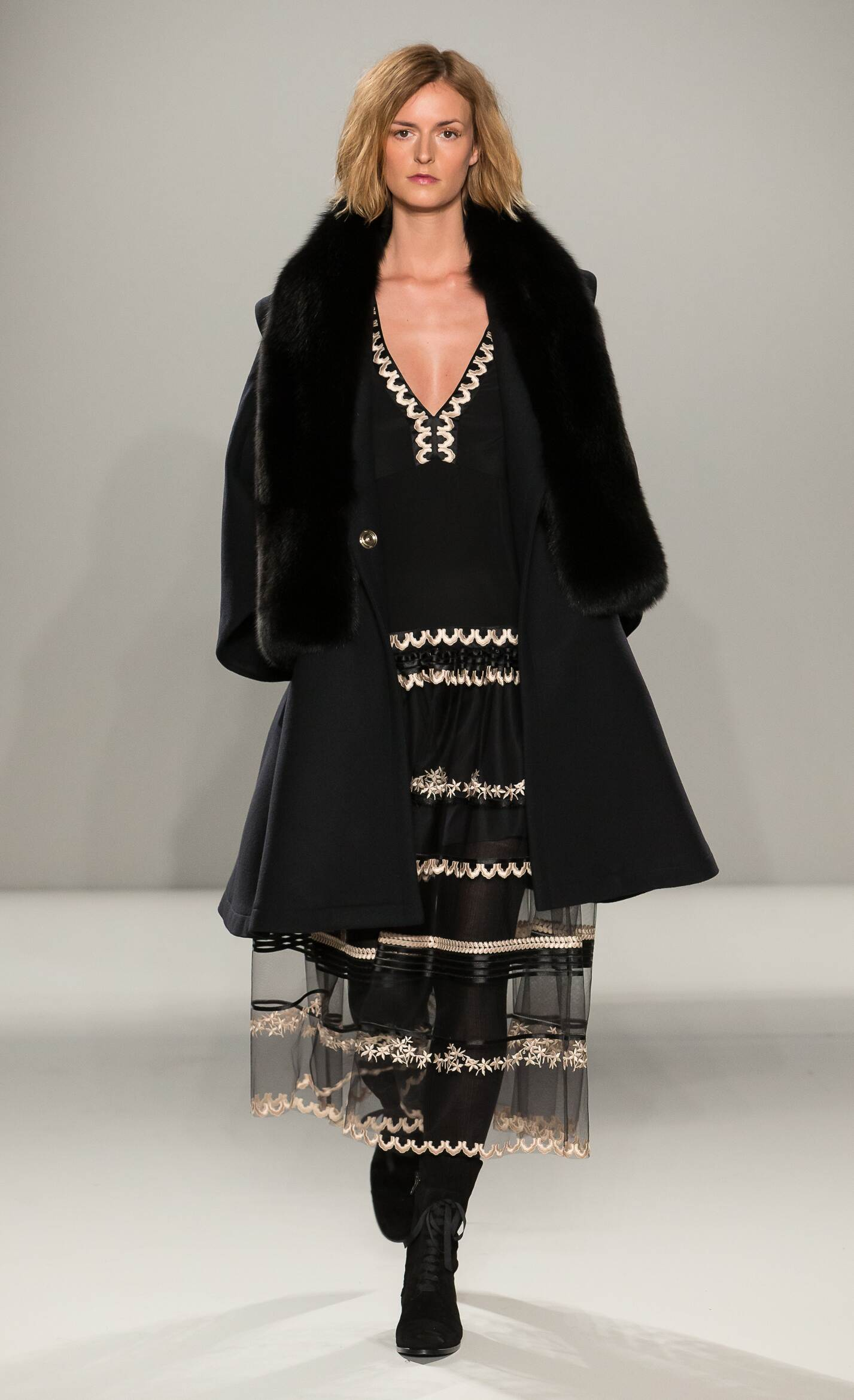 Temperley London Women's Collection 2015 2016