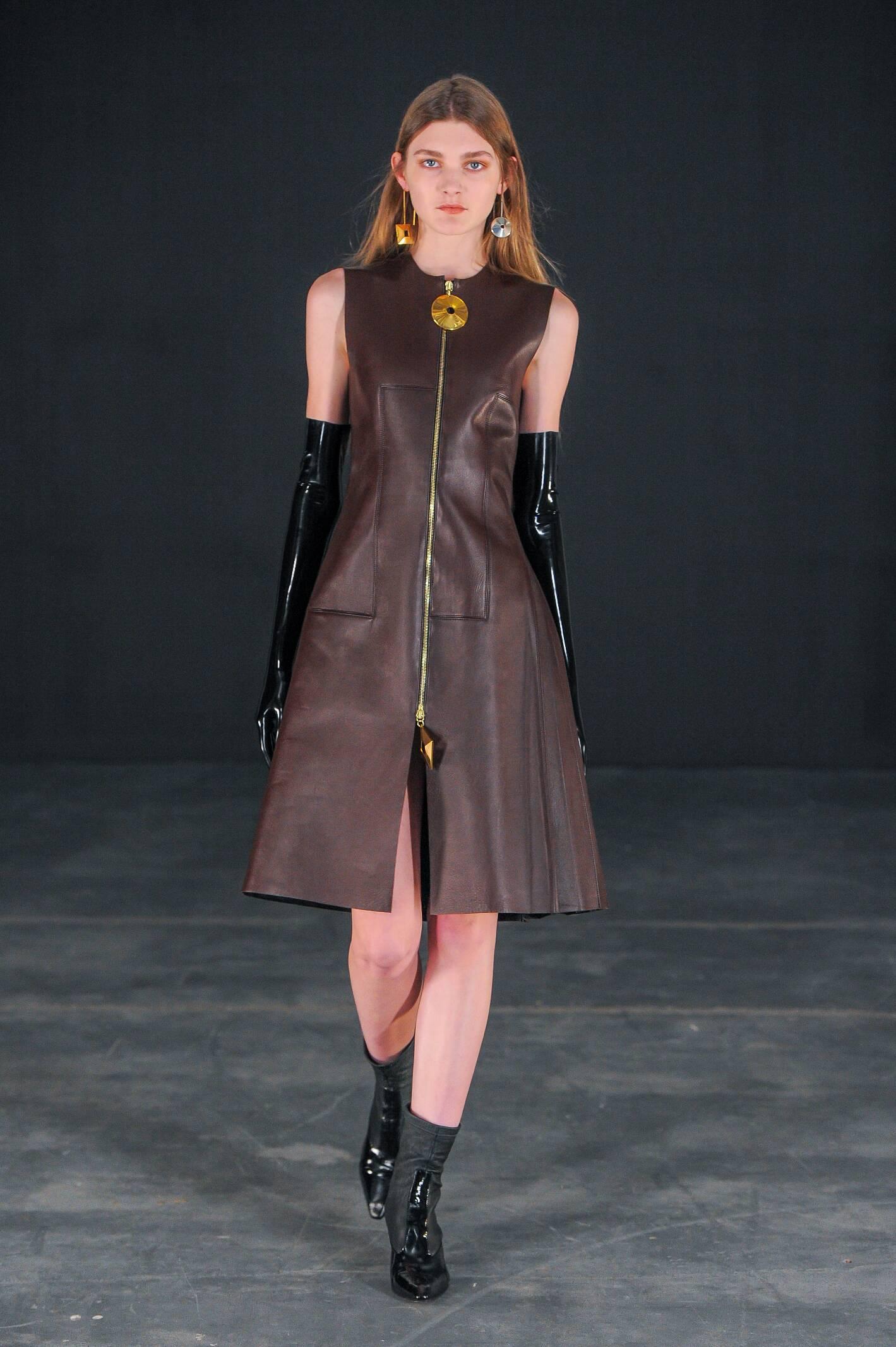 Thomas Tait Collection Women Style