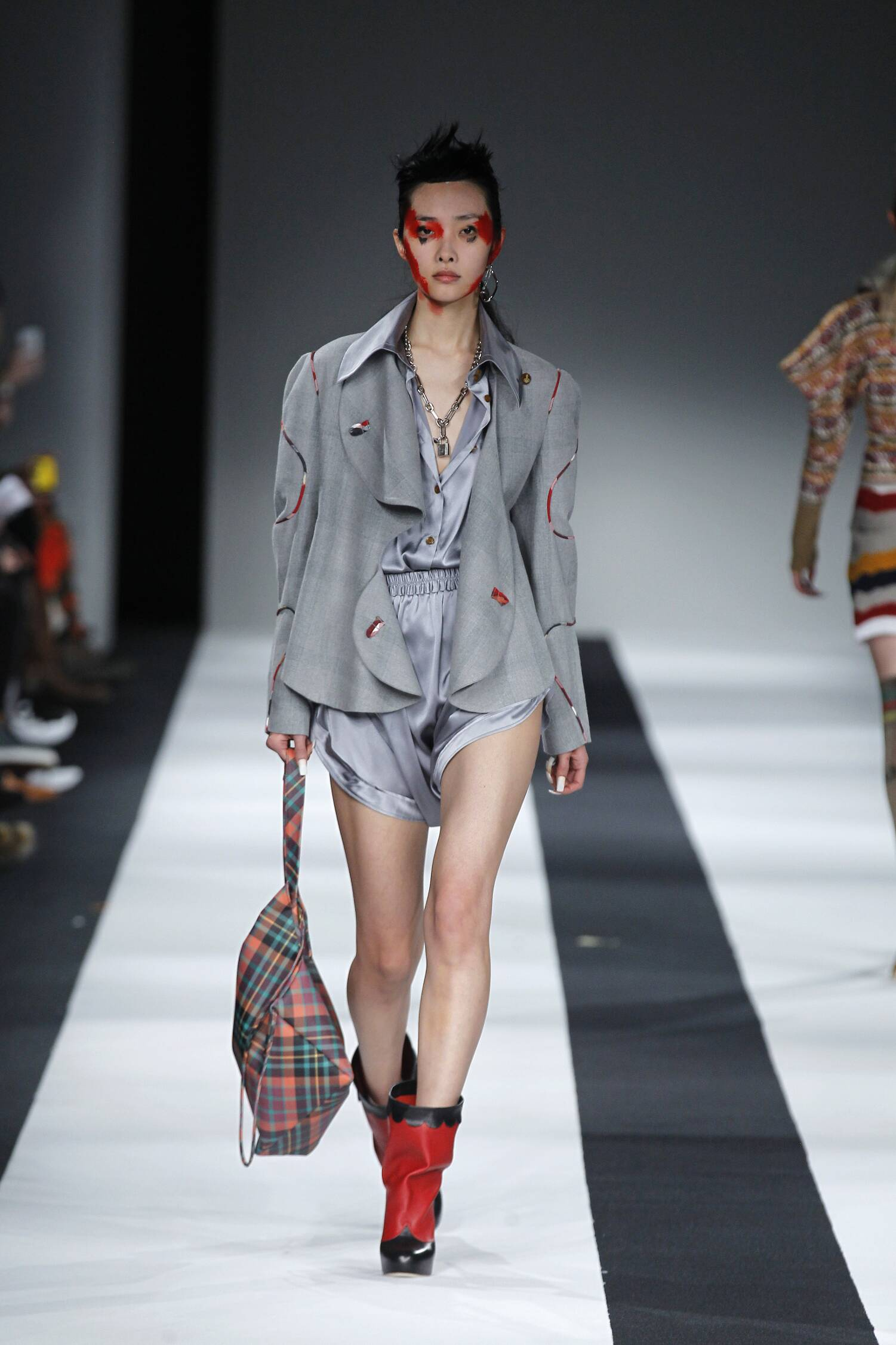 Vivienne Westwood Red Label Fall Winter 2015 16 Womenswear Collection London Fashion Week Fashion Show