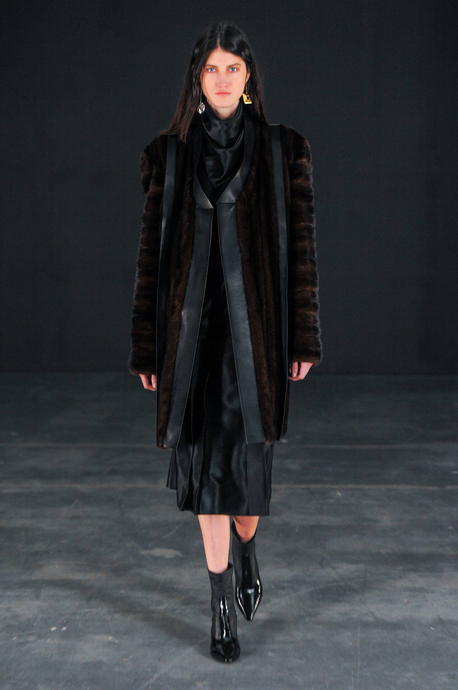 Winter 2015 Fashion Trends Thomas Tait Collection