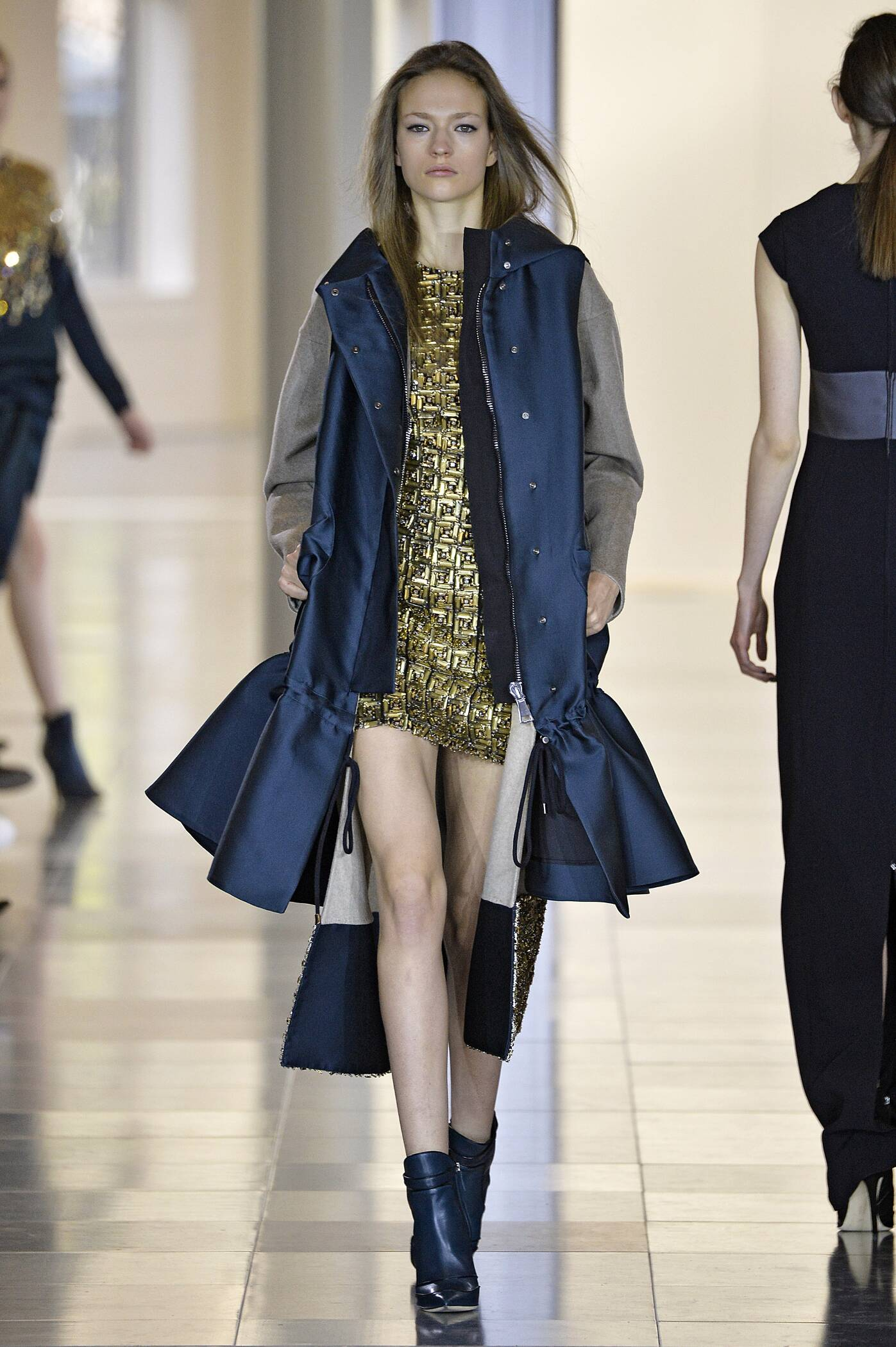Winter 2015 Runway Antonio Berardi
