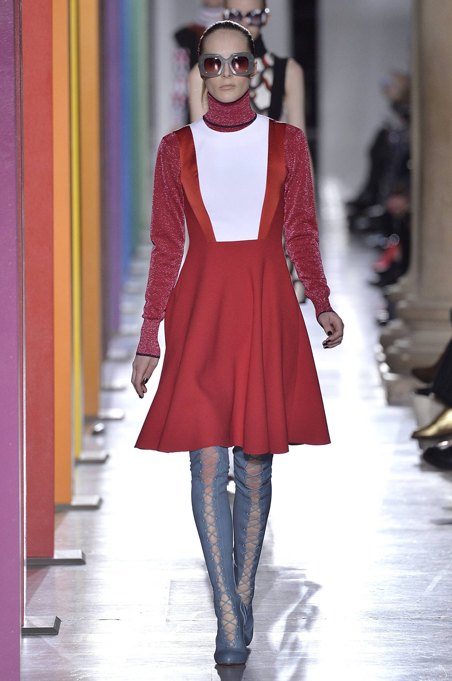 Winter 2015 Woman Trends Jonathan Saunders Collection