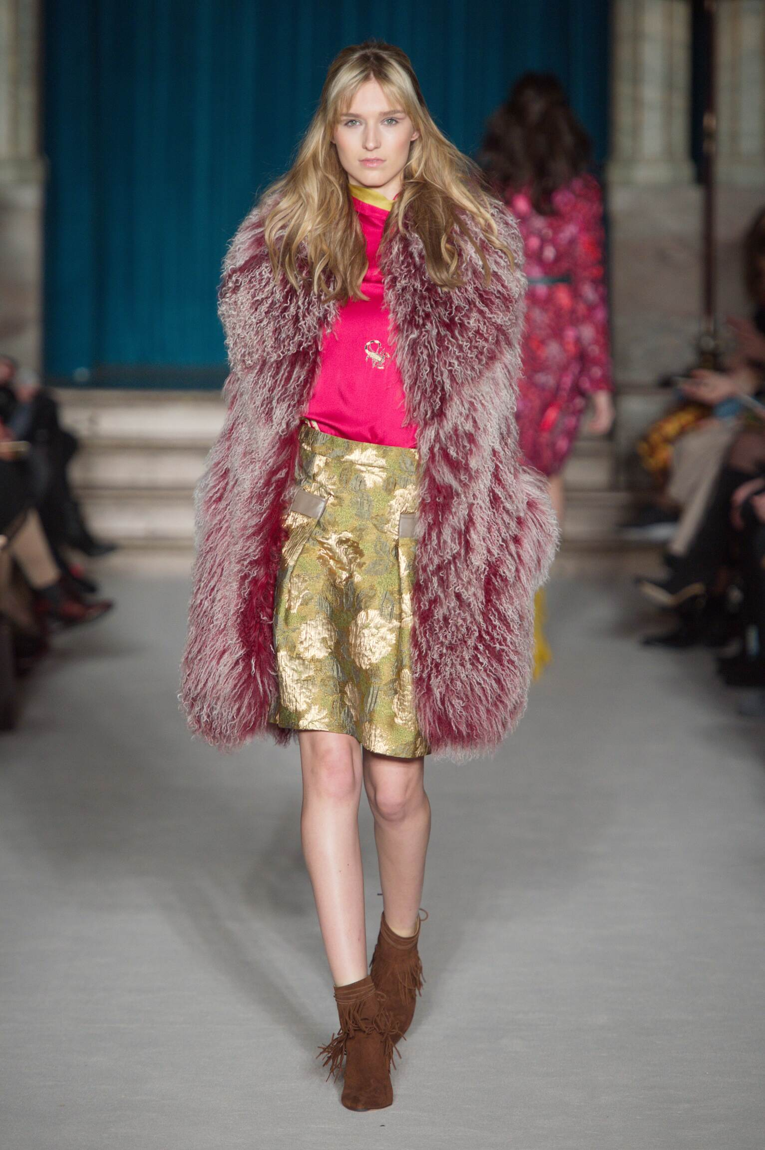 Winter 2015 Woman Trends Matthew Williamson Collection