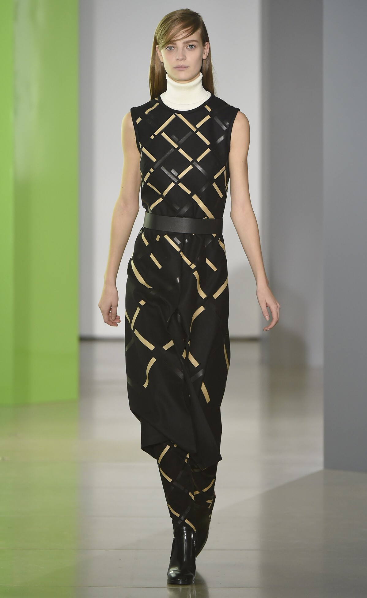 Catwalk Jil Sander Fall Winter 2015 16 Women's Collection Milan Fashion Week