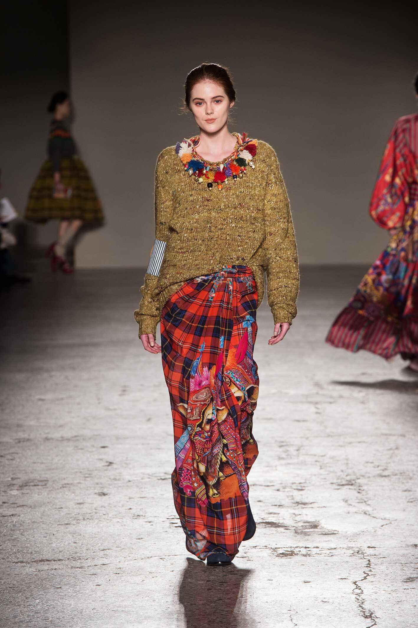 Fall 2015 Women Fashion Show Stella Jean Collection