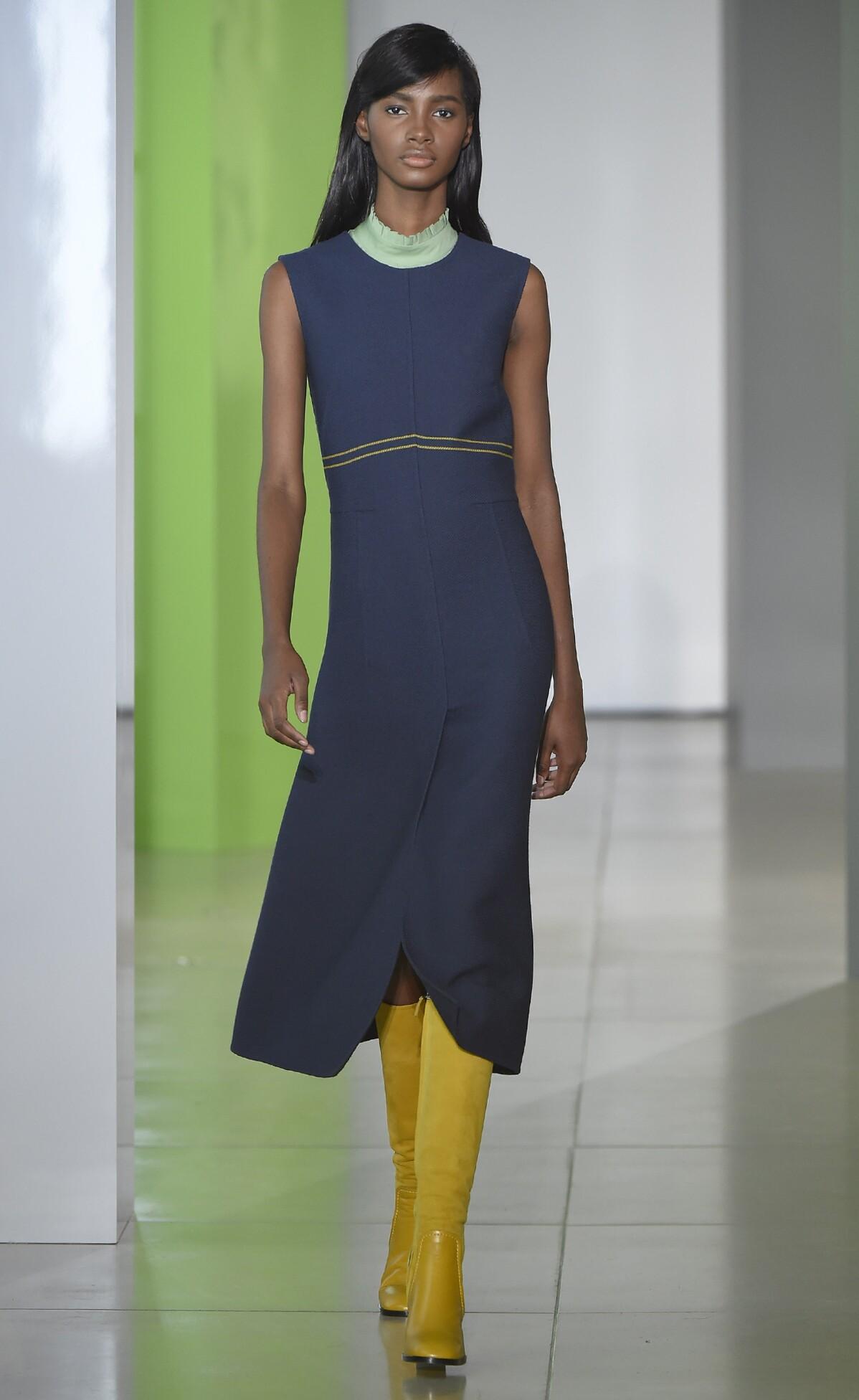 Jil Sander Collection Milan Fashion Week Womenswear