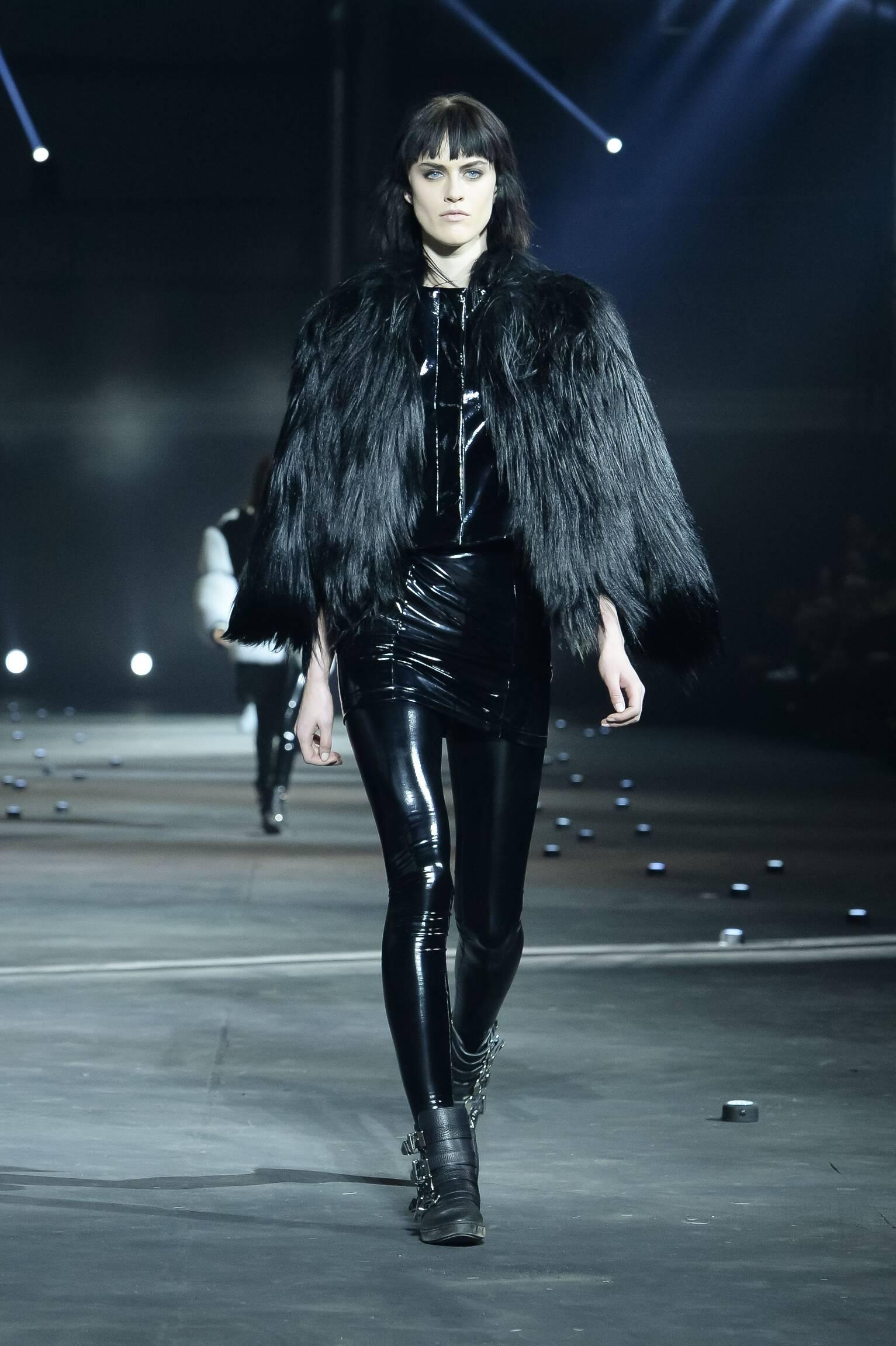 Philipp Plein Fall Winter 2015 16 Womenswear Collection Milan Fashion Week Fashion Show