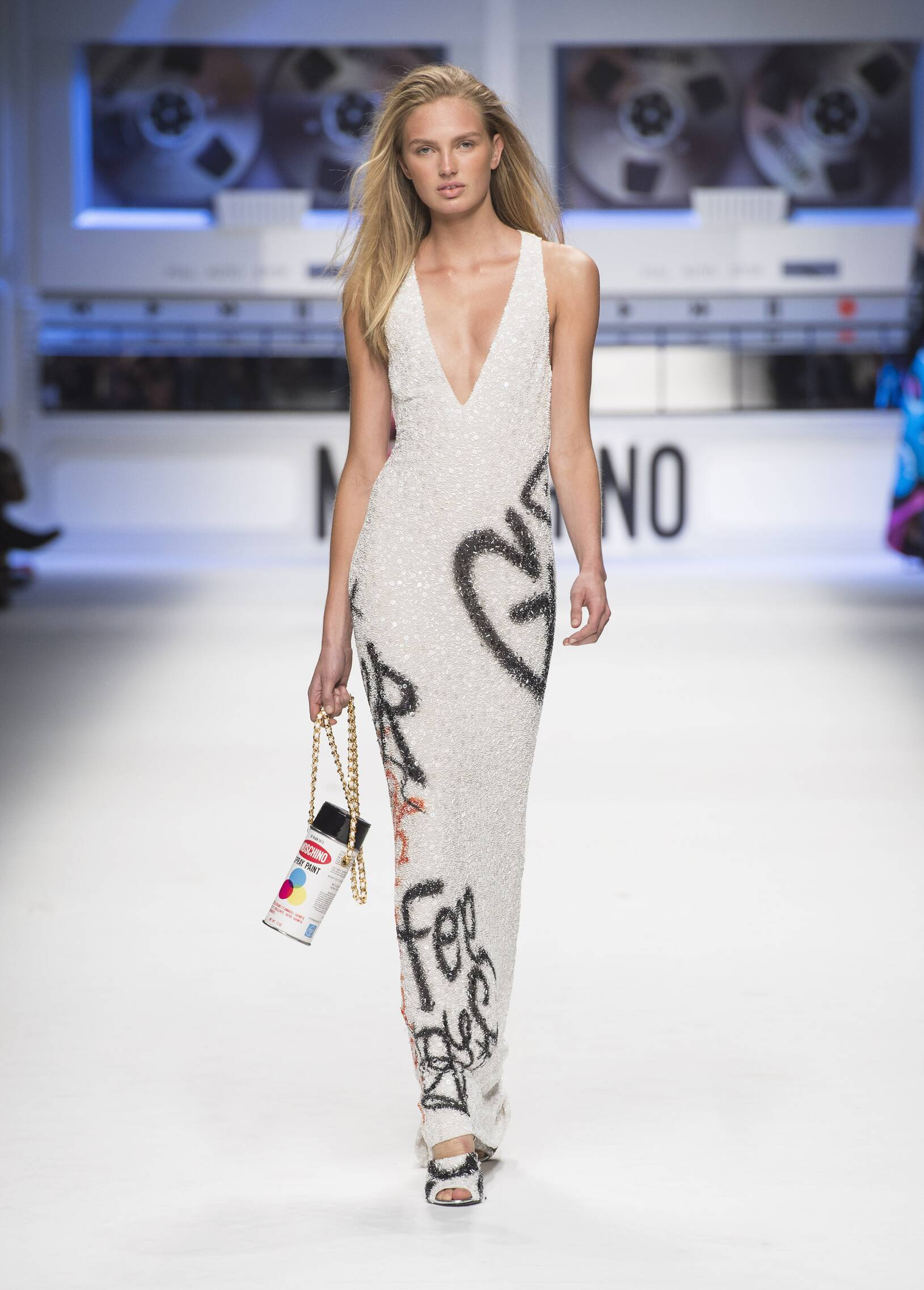 2015 16 Fall Winter Fashion Collection Moschino
