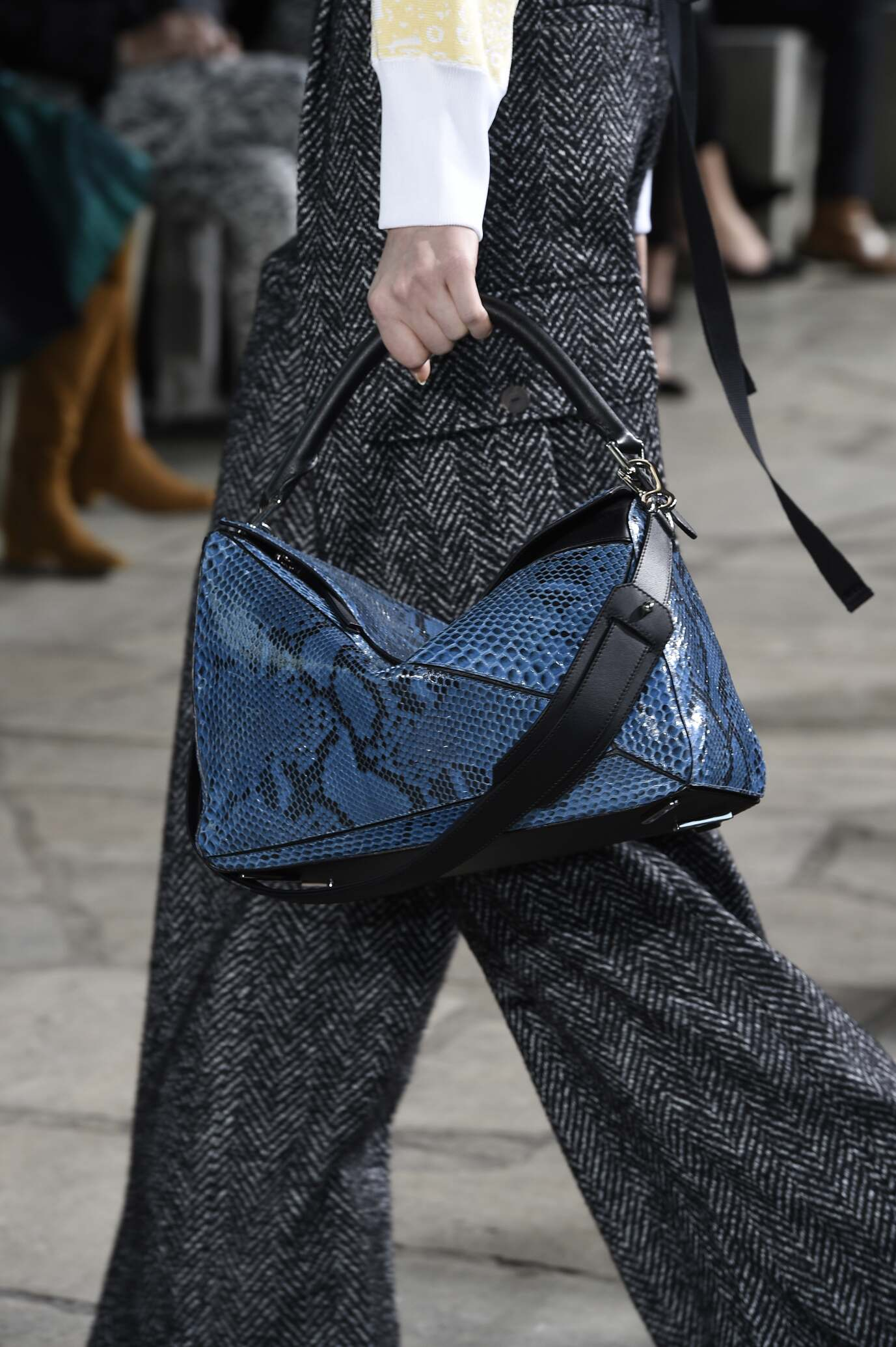 2015 2016 Fall Fashion Woman Loewe Bag Detail Collection