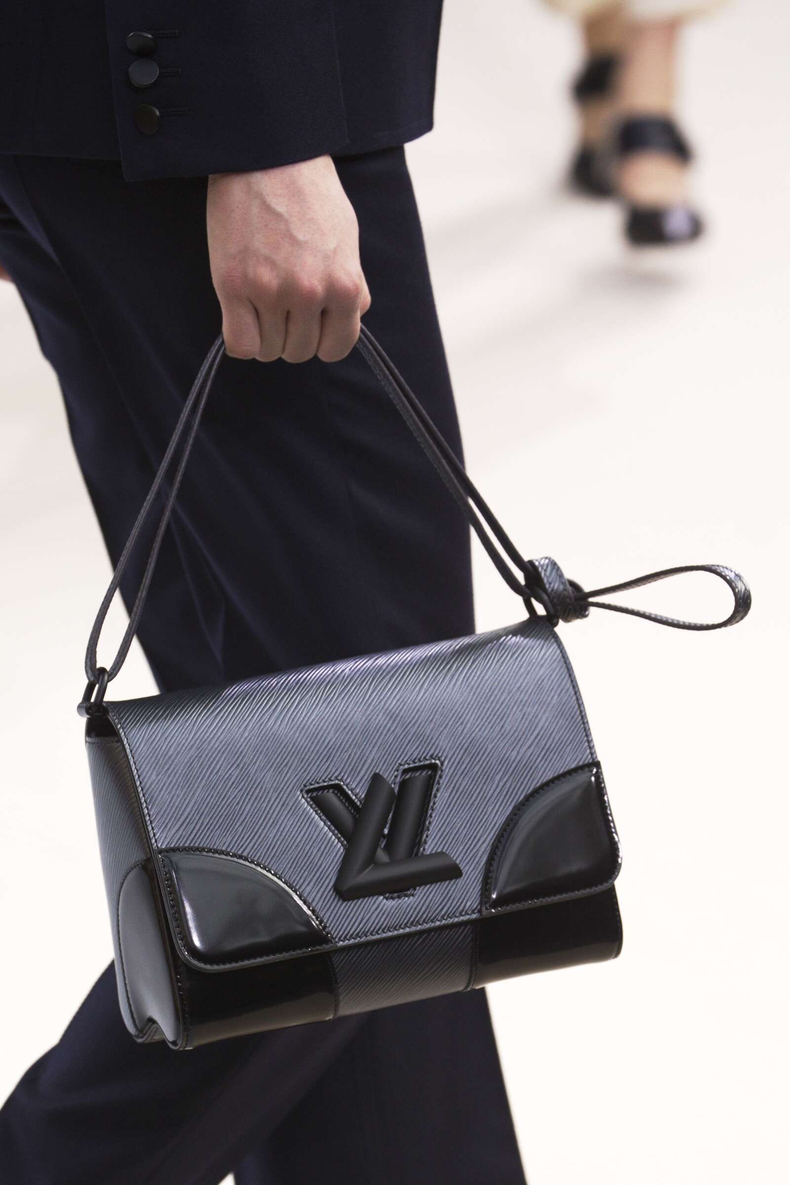 2015 Fashion Woman Model Louis Vuitton Bag Details Collection Catwalk