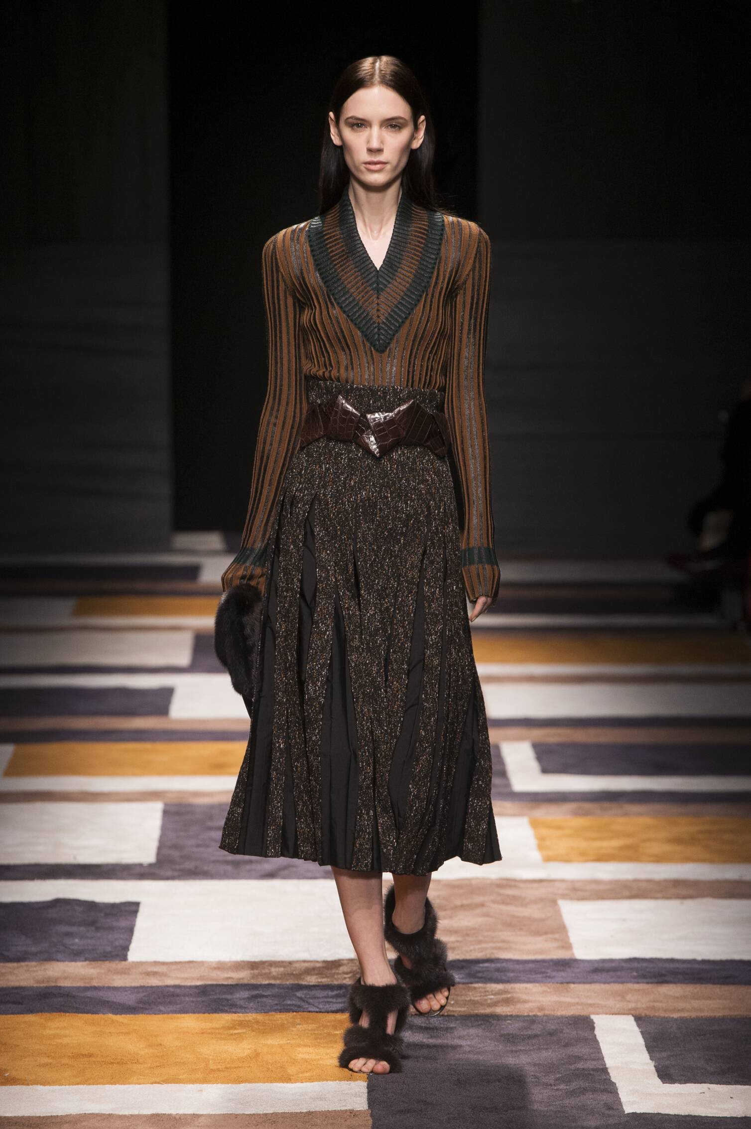 2015 Fashion Woman Model Salvatore Ferragamo Collection Catwalk