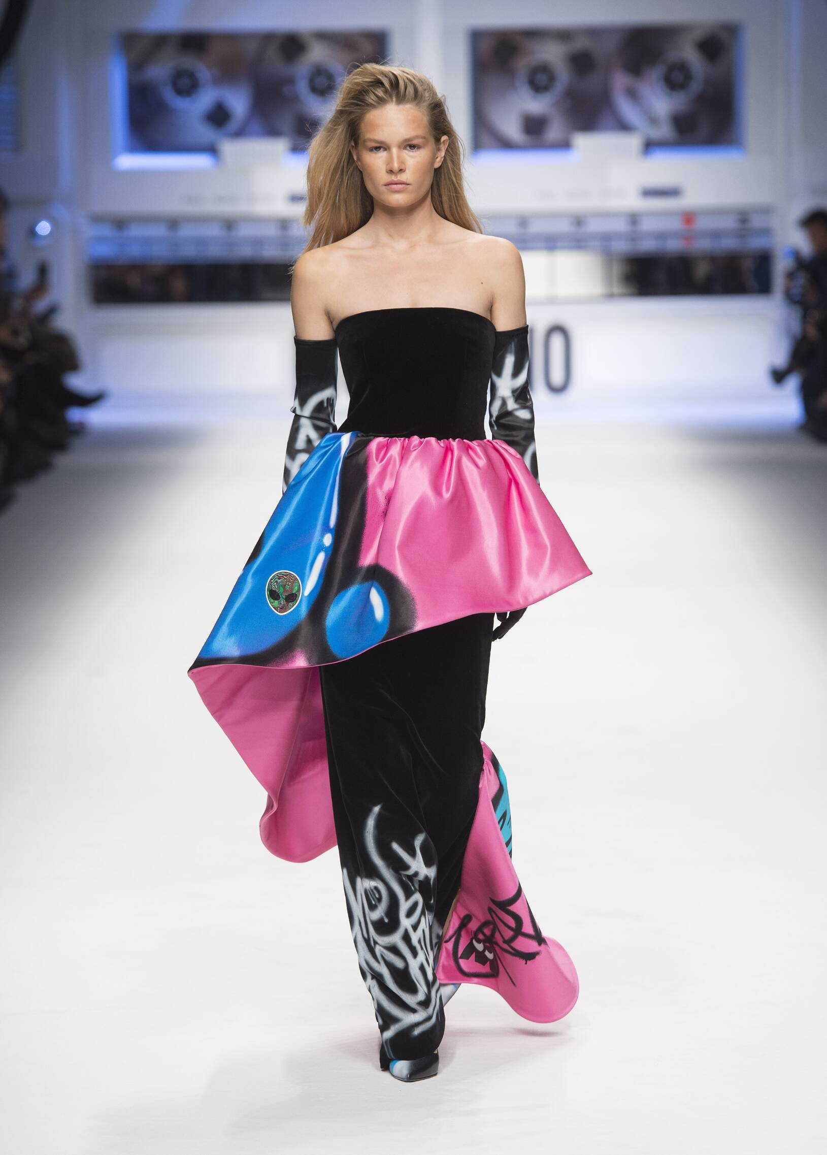 2015 Winter Trends Moschino Collection
