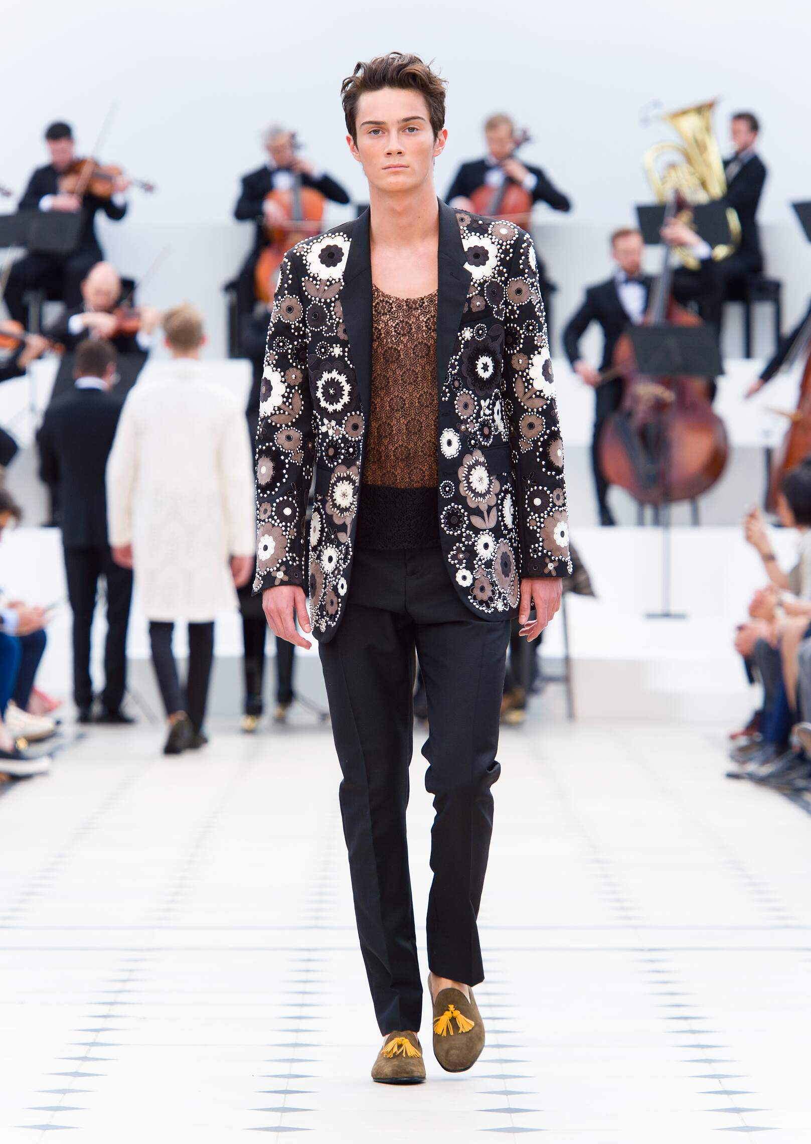 2016 Burberry Prorsum Spring Summer Menswear Collection London Fashion Week  Fashion Show 89e691eedc1f2