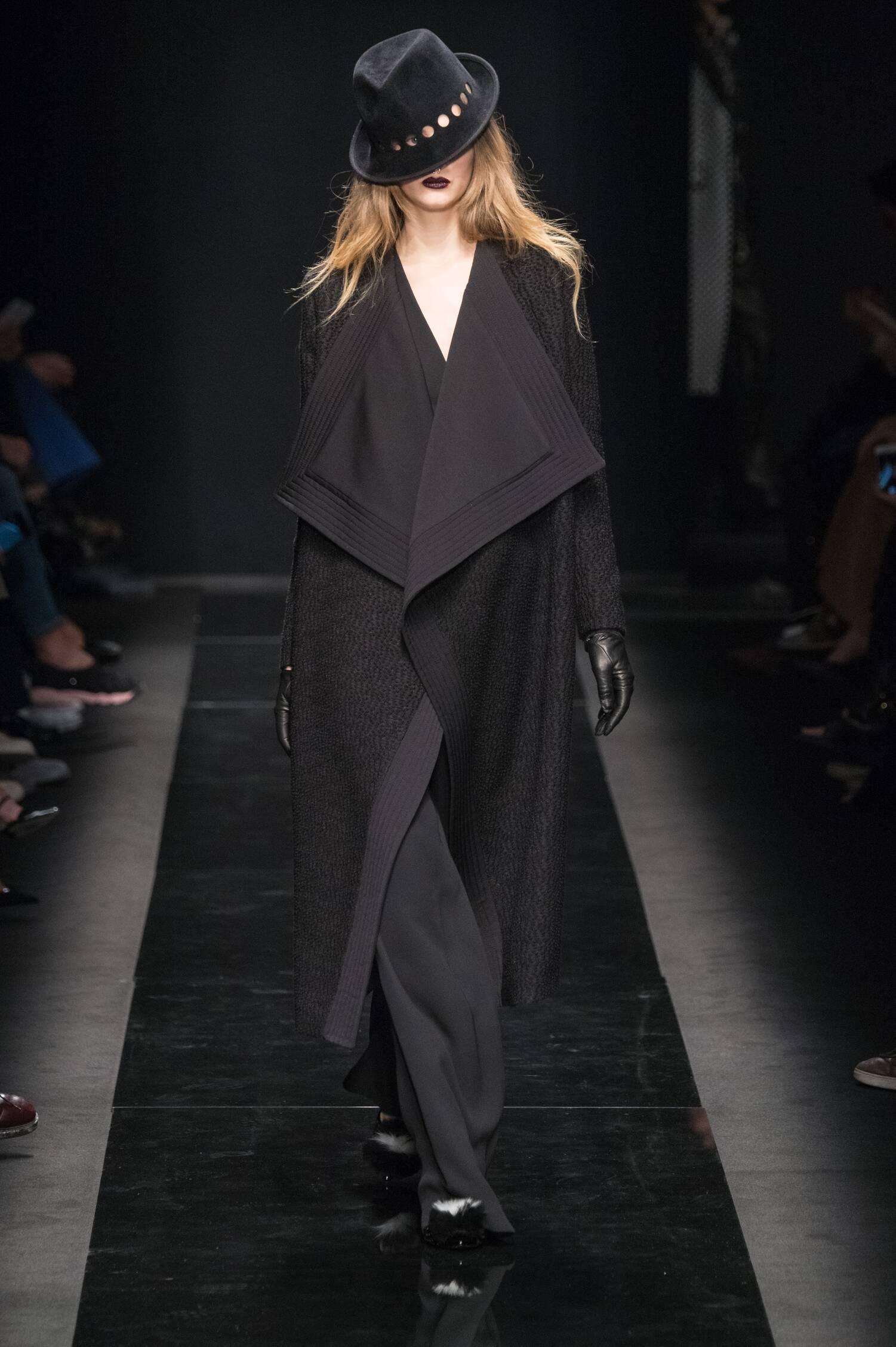 2016 Fall Fashion Woman Emanuel Ungaro Collection