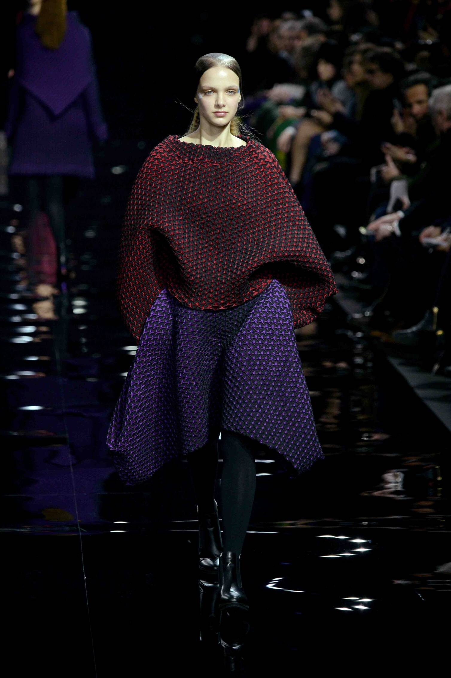 2016 Fall Fashion Woman Issey Miyake Collection