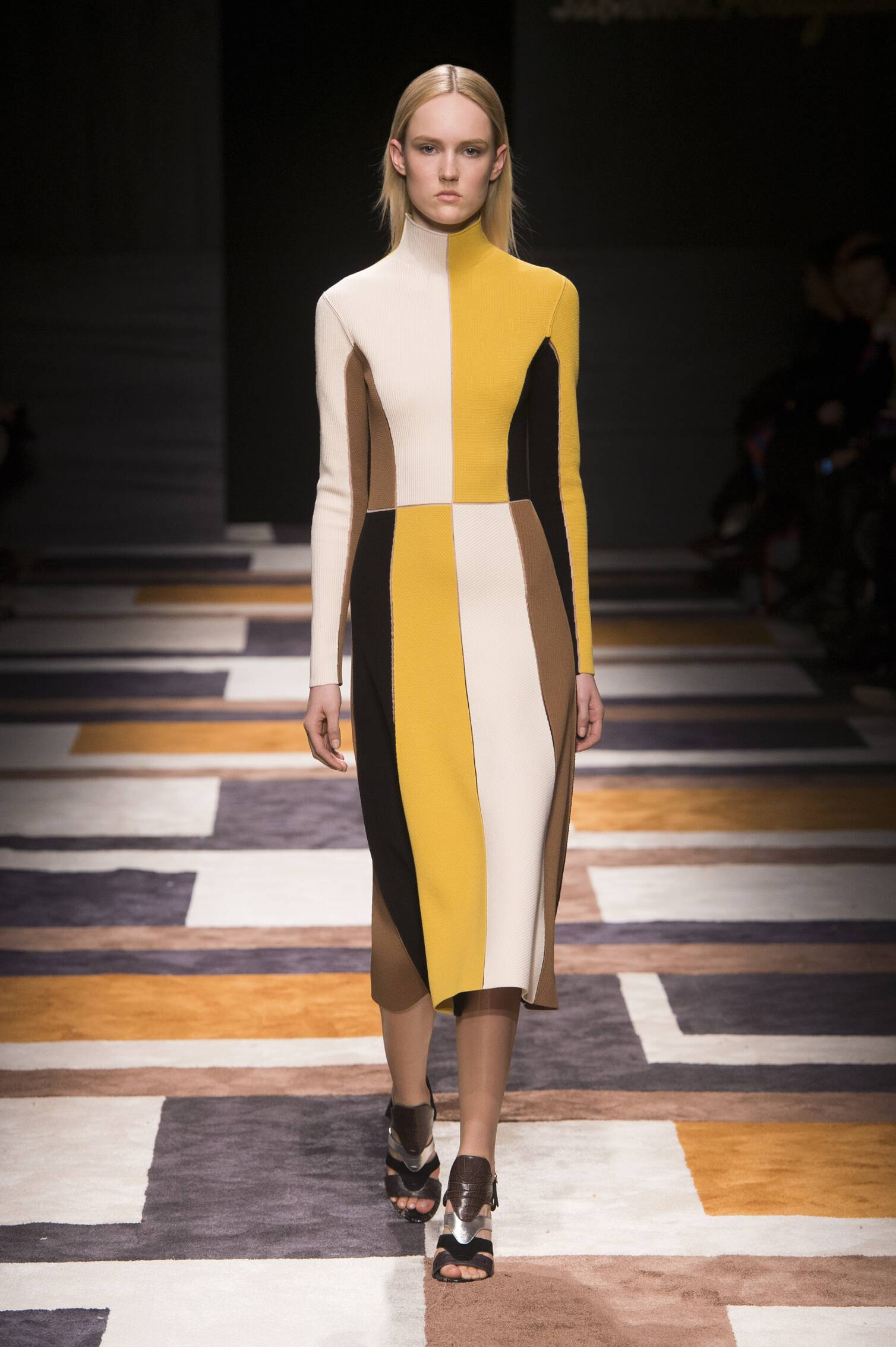 SALVATORE FERRAGAMO FALL WINTER 2015-16 WOMEN'S COLLECTION