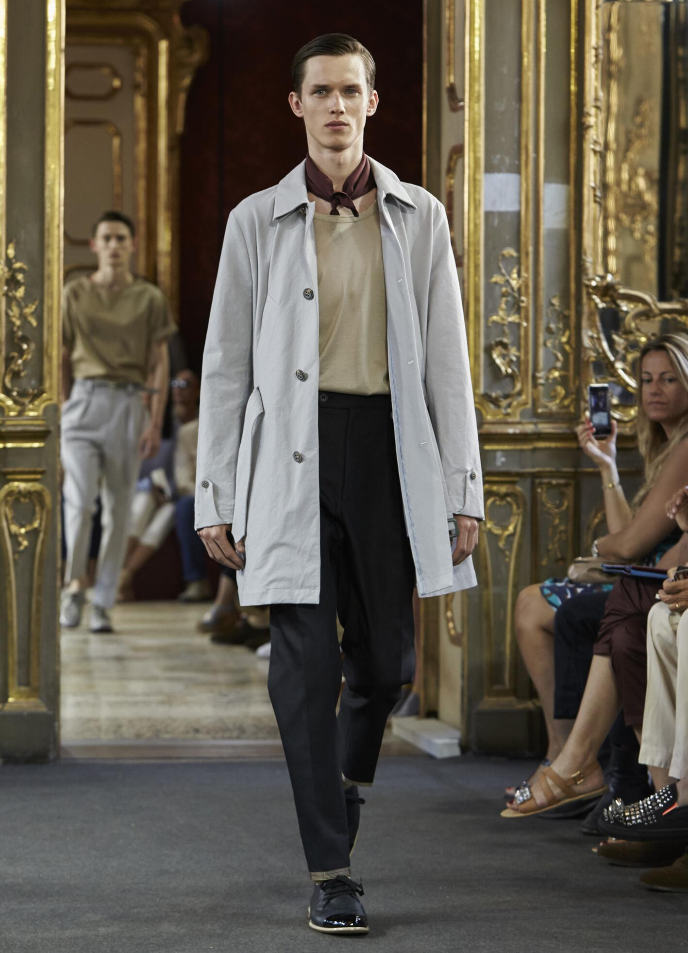 2016 Fashion Man Model Corneliani Collection Catwalk