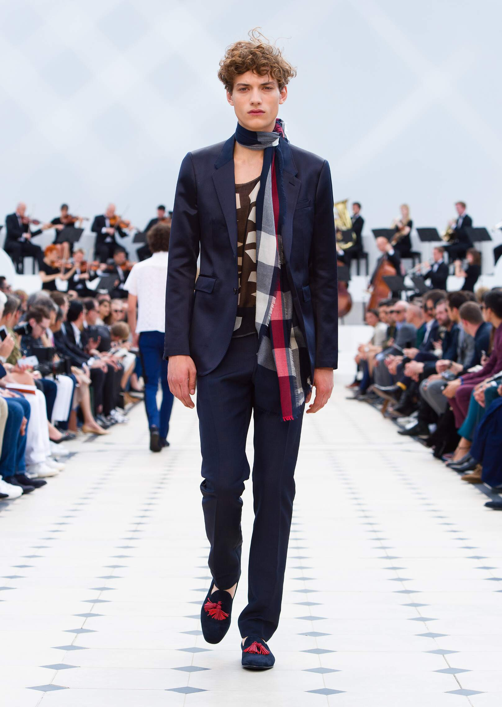 2016 Spring Fashion Menswear Burberry Prorsum Collection