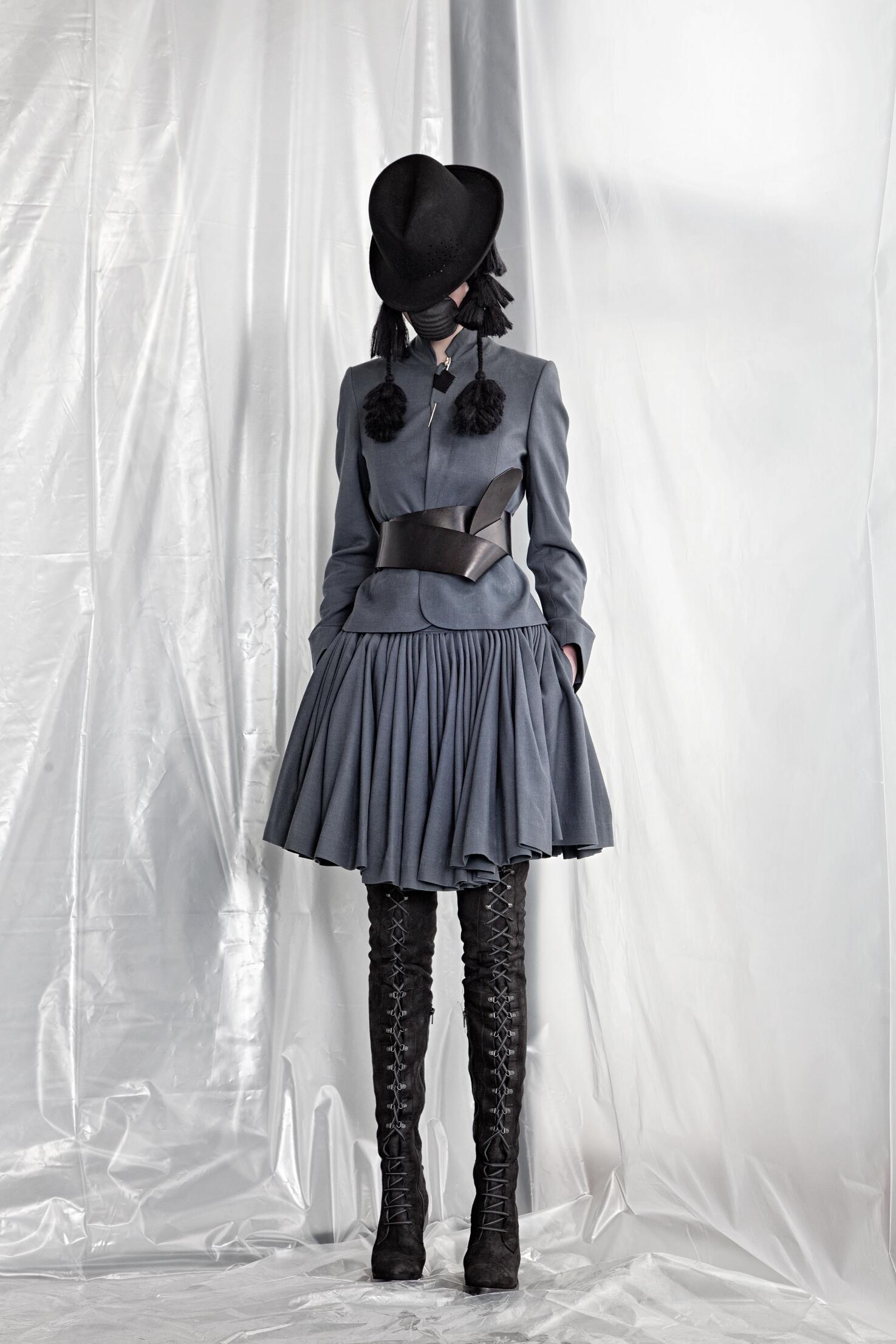 A.F. Vandevorst Collection Fashion Show FW 2015 2016