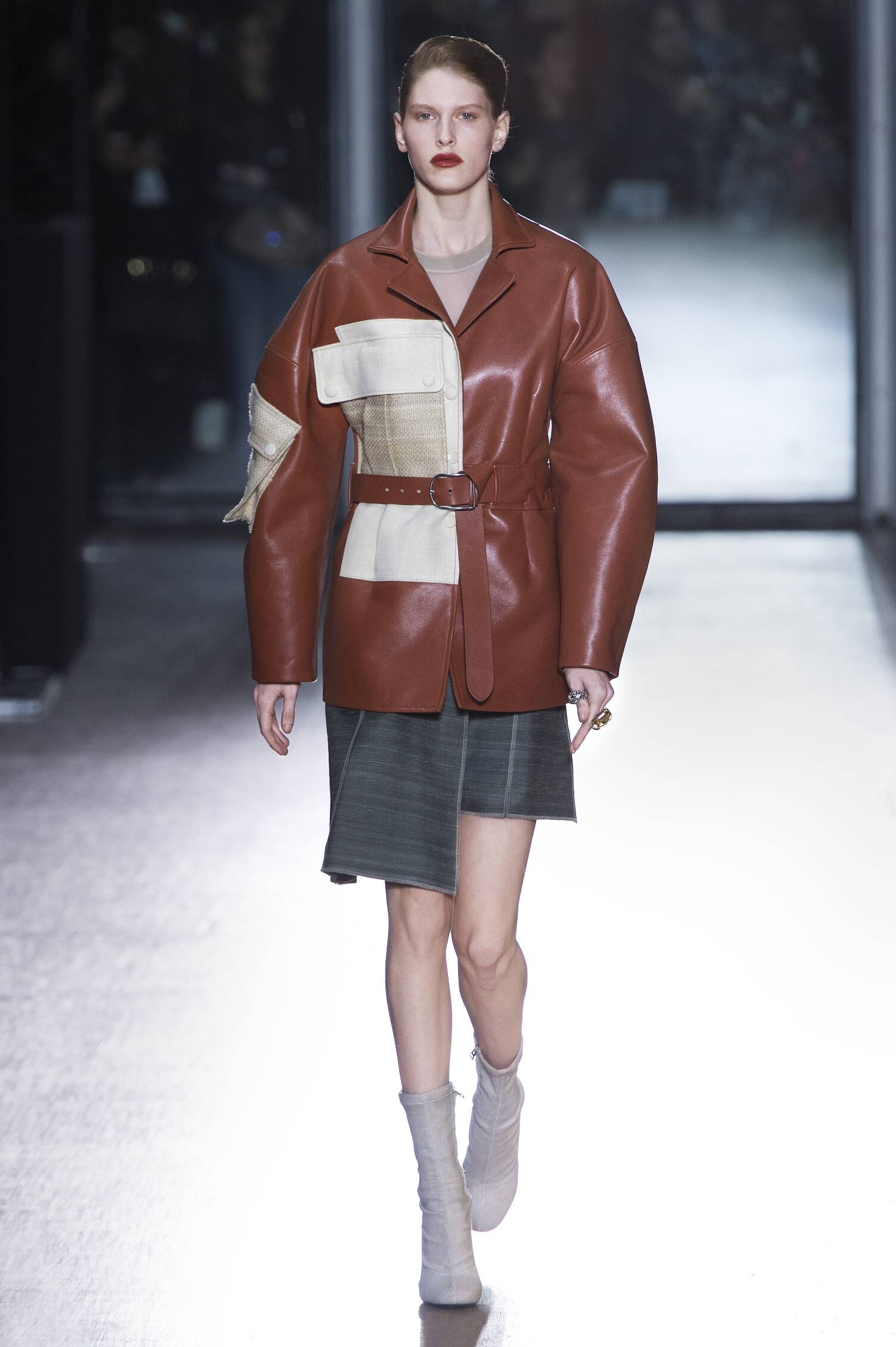 Acne Studios Collection Woman Paris Fashion Week