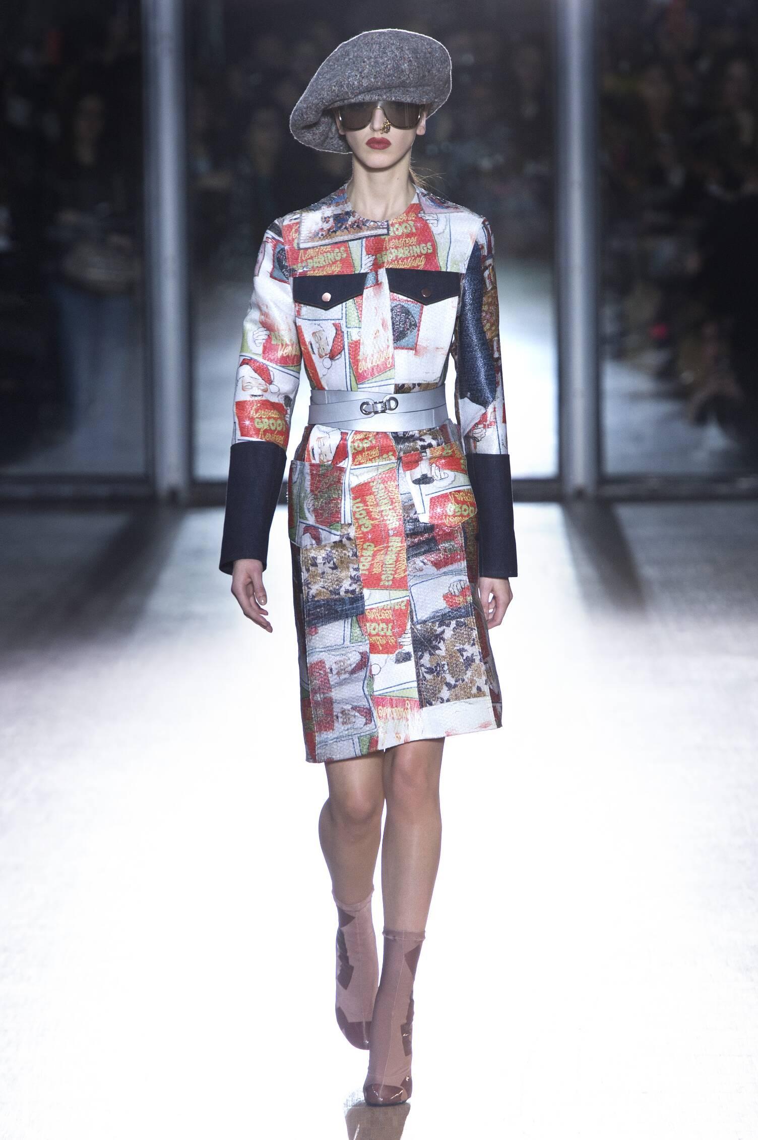 Acne Studios Fall Winter 2015 16 Womenswear Collection Paris Fashion Week Fashion Show