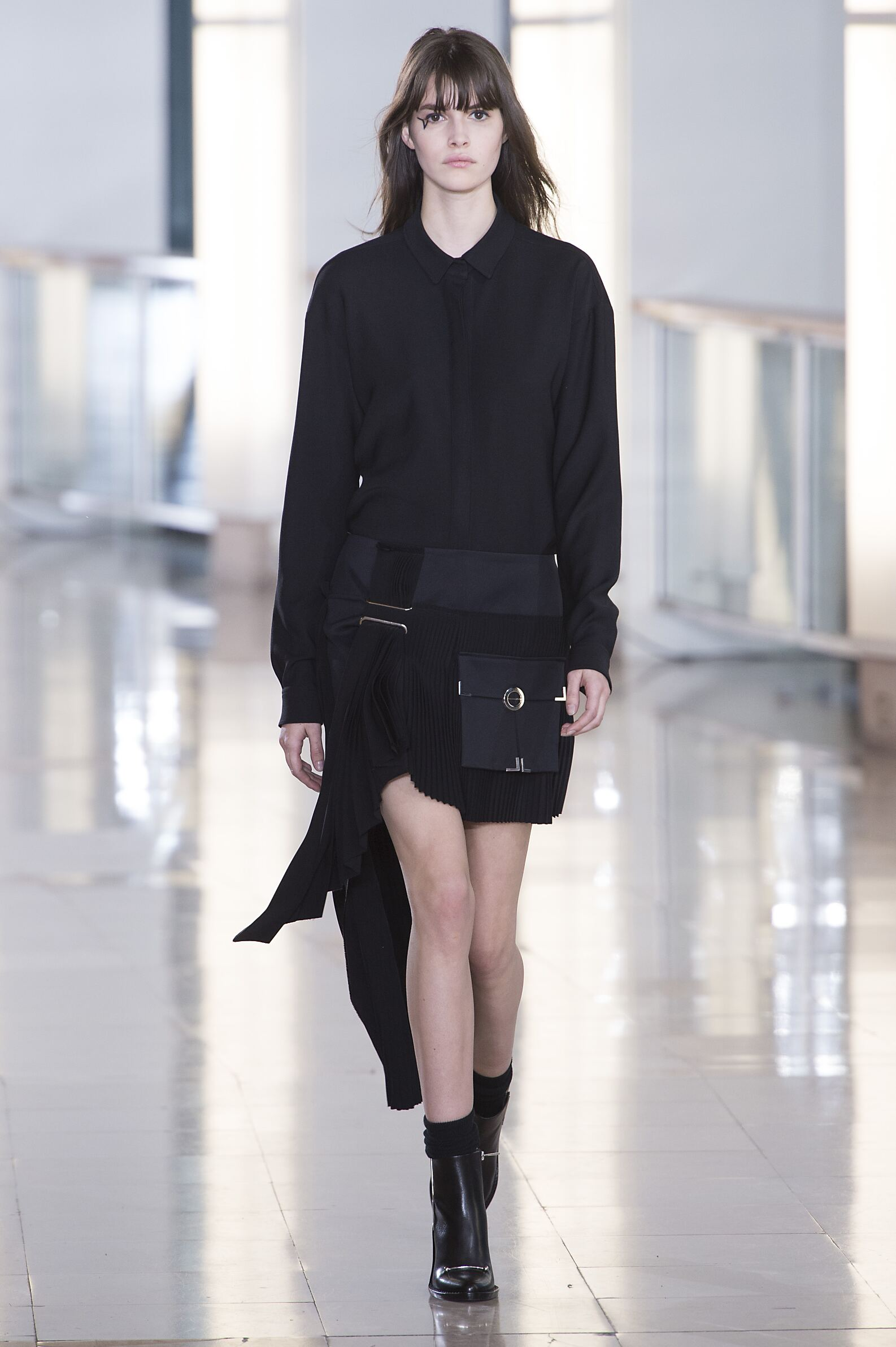 Anthony Vaccarello Fall Winter 2015 16 Womenswear Collection Paris Fashion Week Fashion Show
