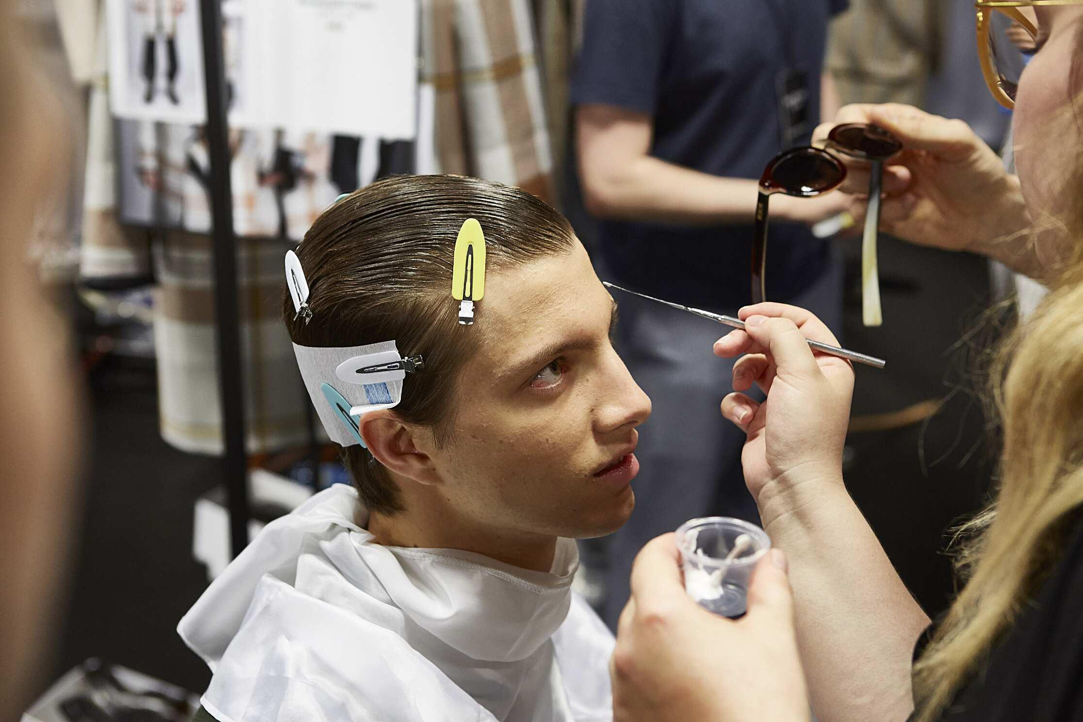 Backstage Man Ermenegildo Zegna Couture Model Make Up