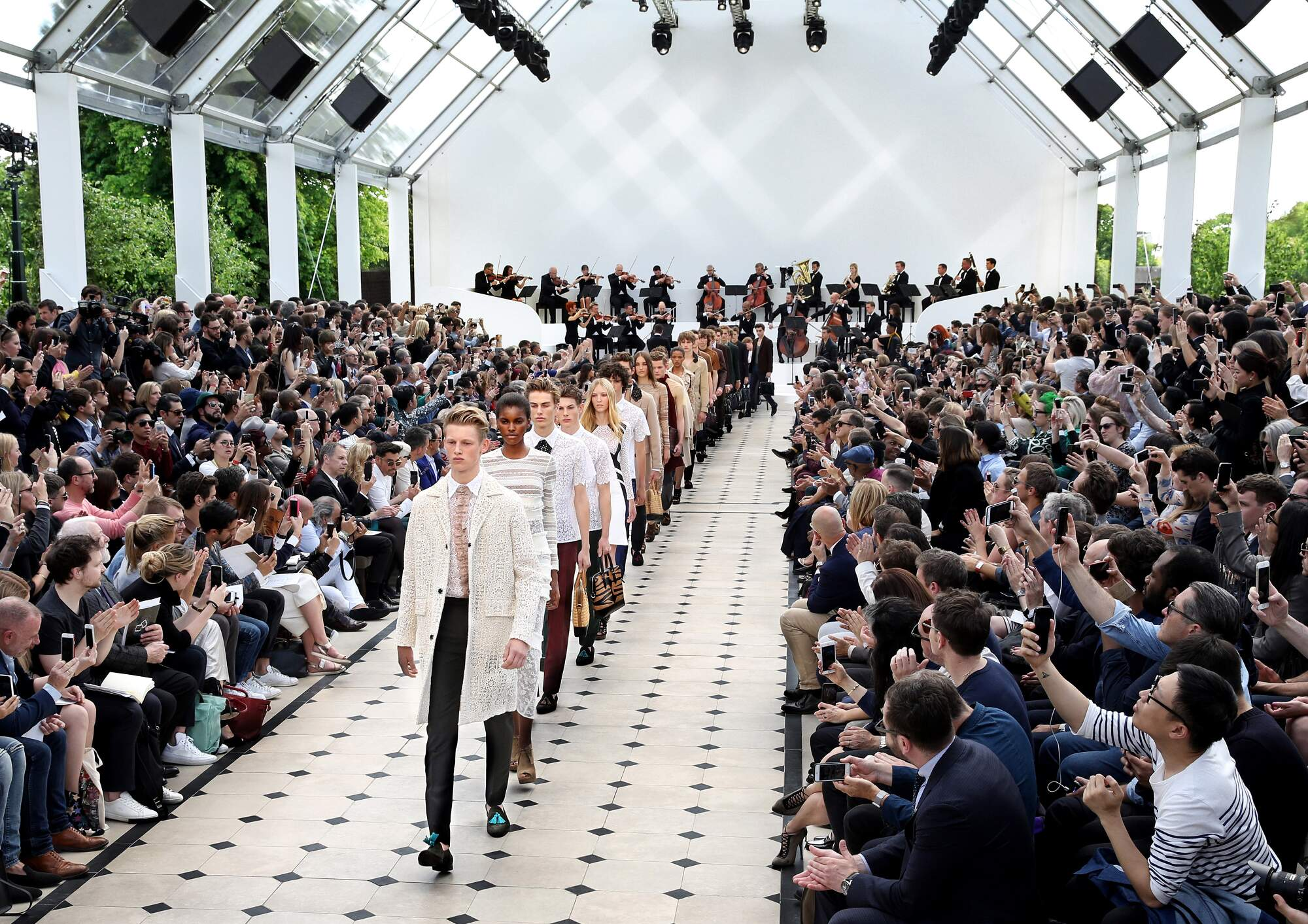 Burberry Menswear Spring Summer 2016 Show Final London