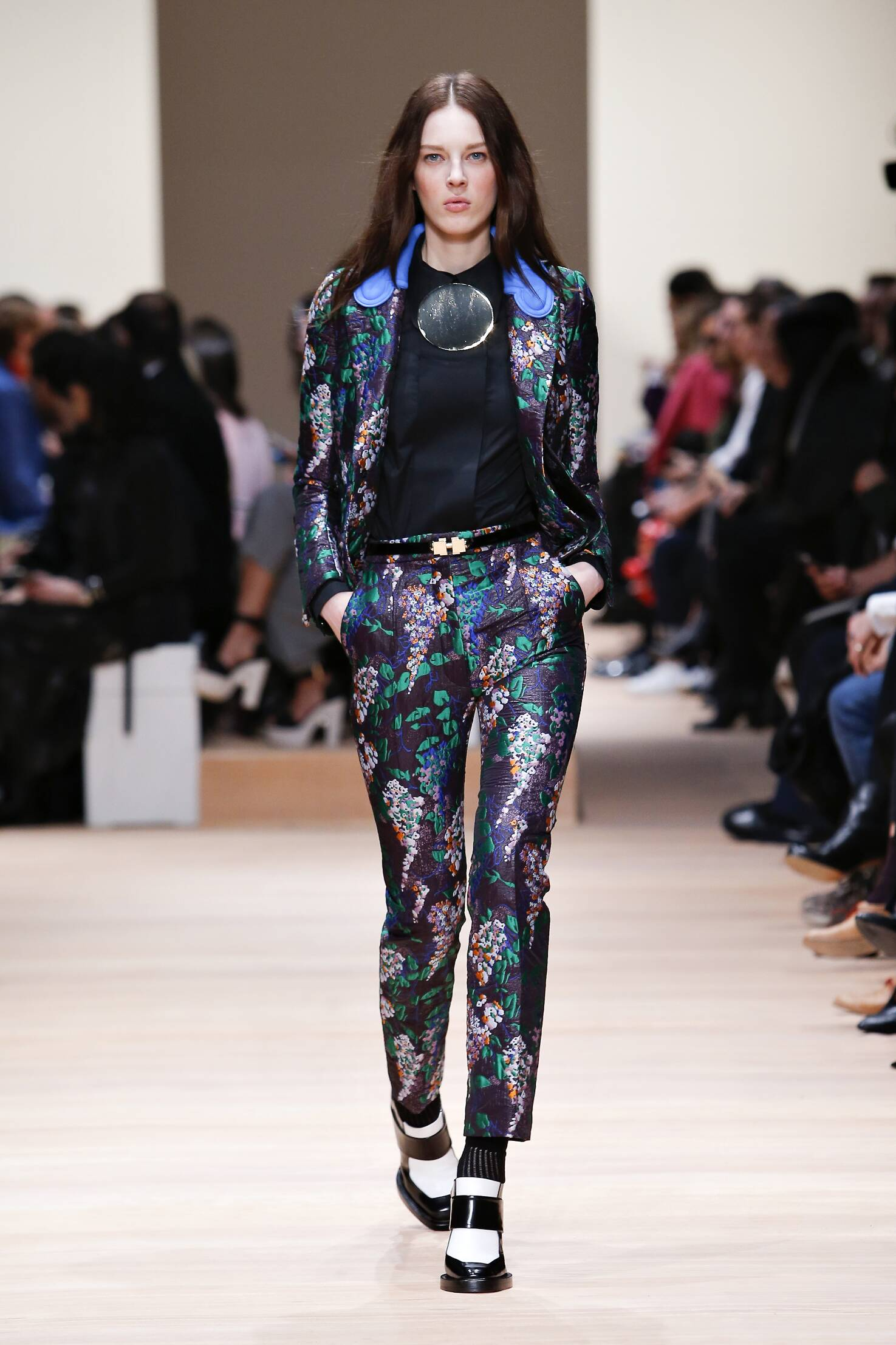 Carven Collection Winter 2015 Catwalk