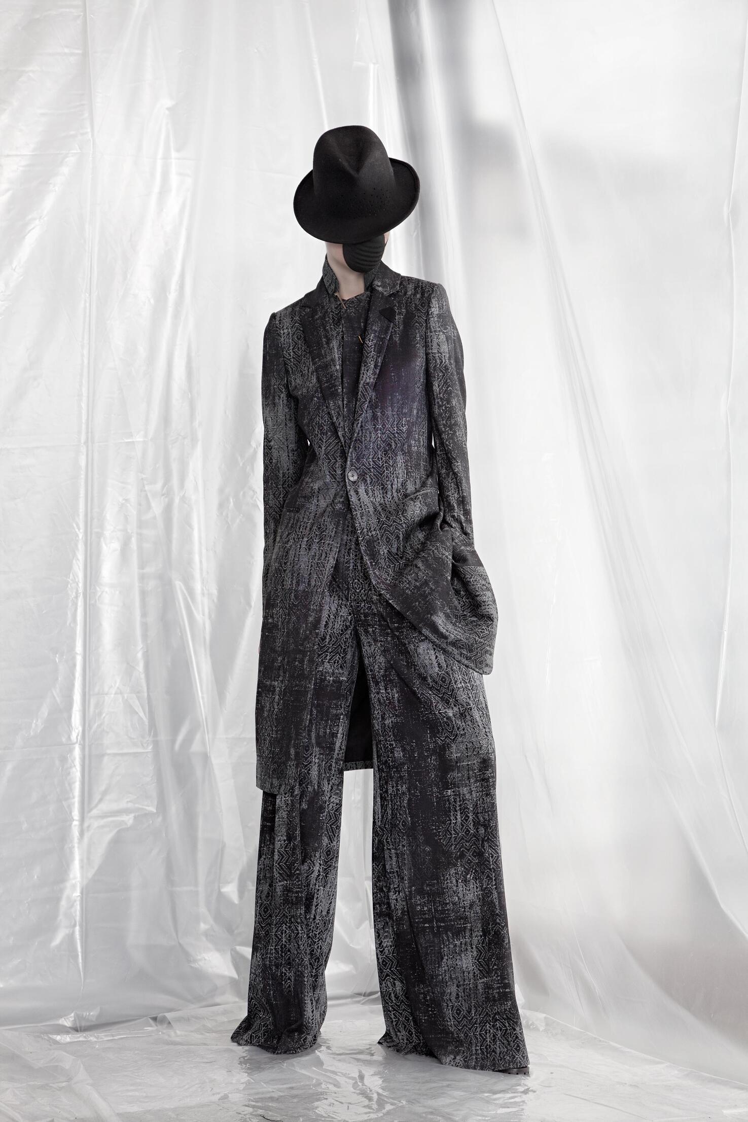 Catwalk A.F. Vandevorst Collection Fashion Show Winter 2015