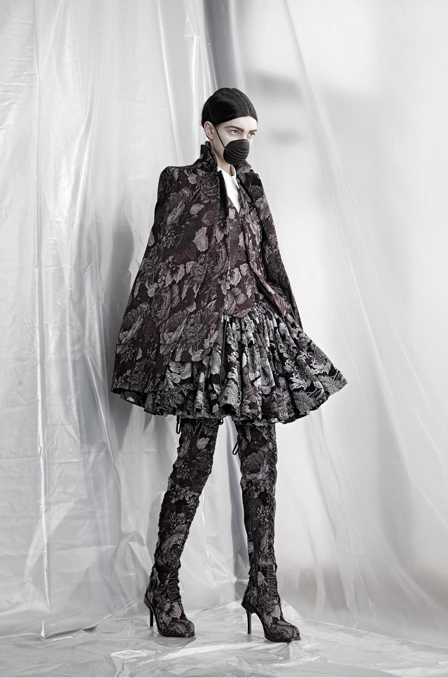 Catwalk A.F. Vandevorst Womenswear Collection Winter 2015