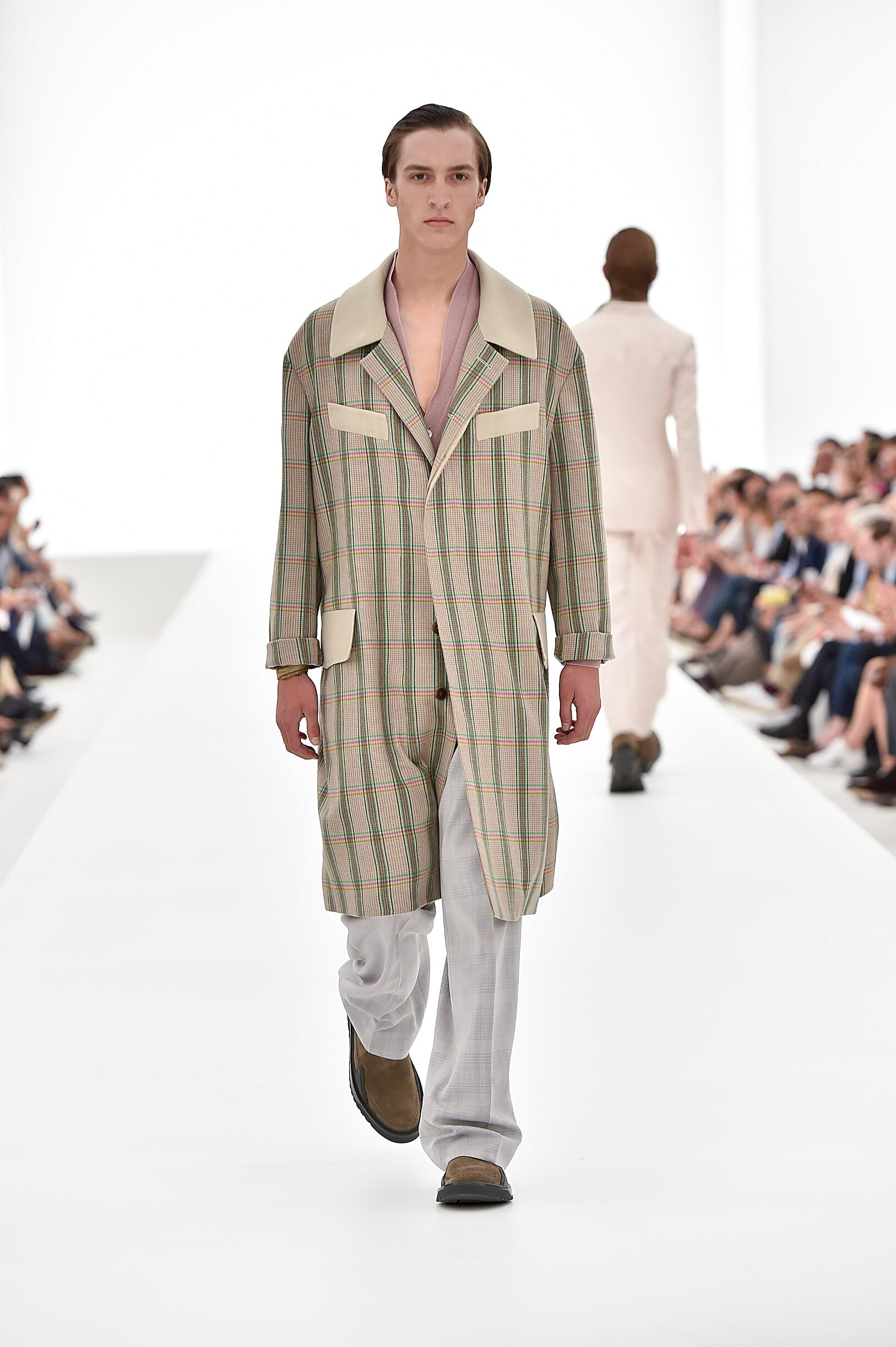 Catwalk Ermenegildo Zegna Couture Menswear Collection Summer 2016
