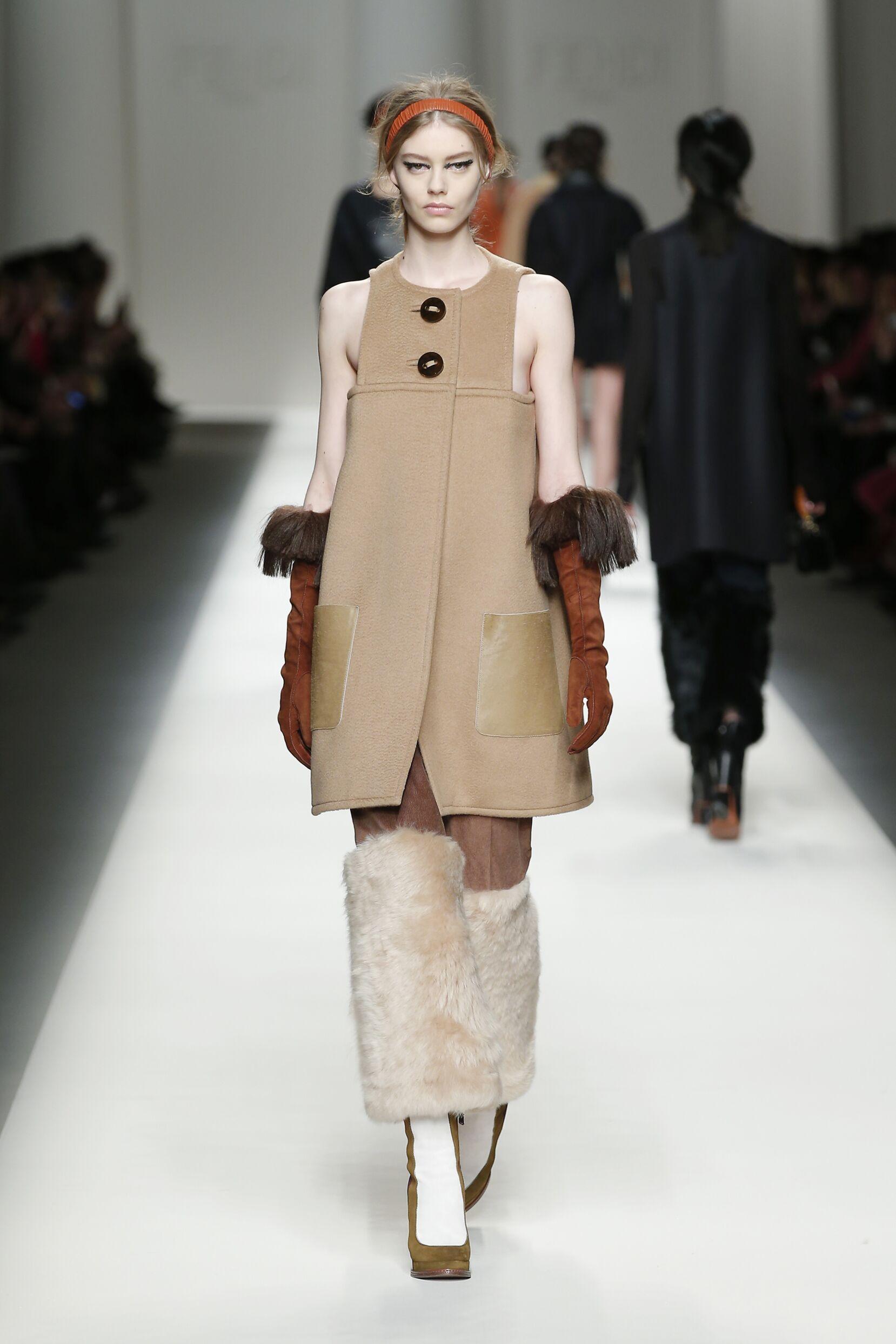 Catwalk Fendi Collection Fashion Show Winter 2015