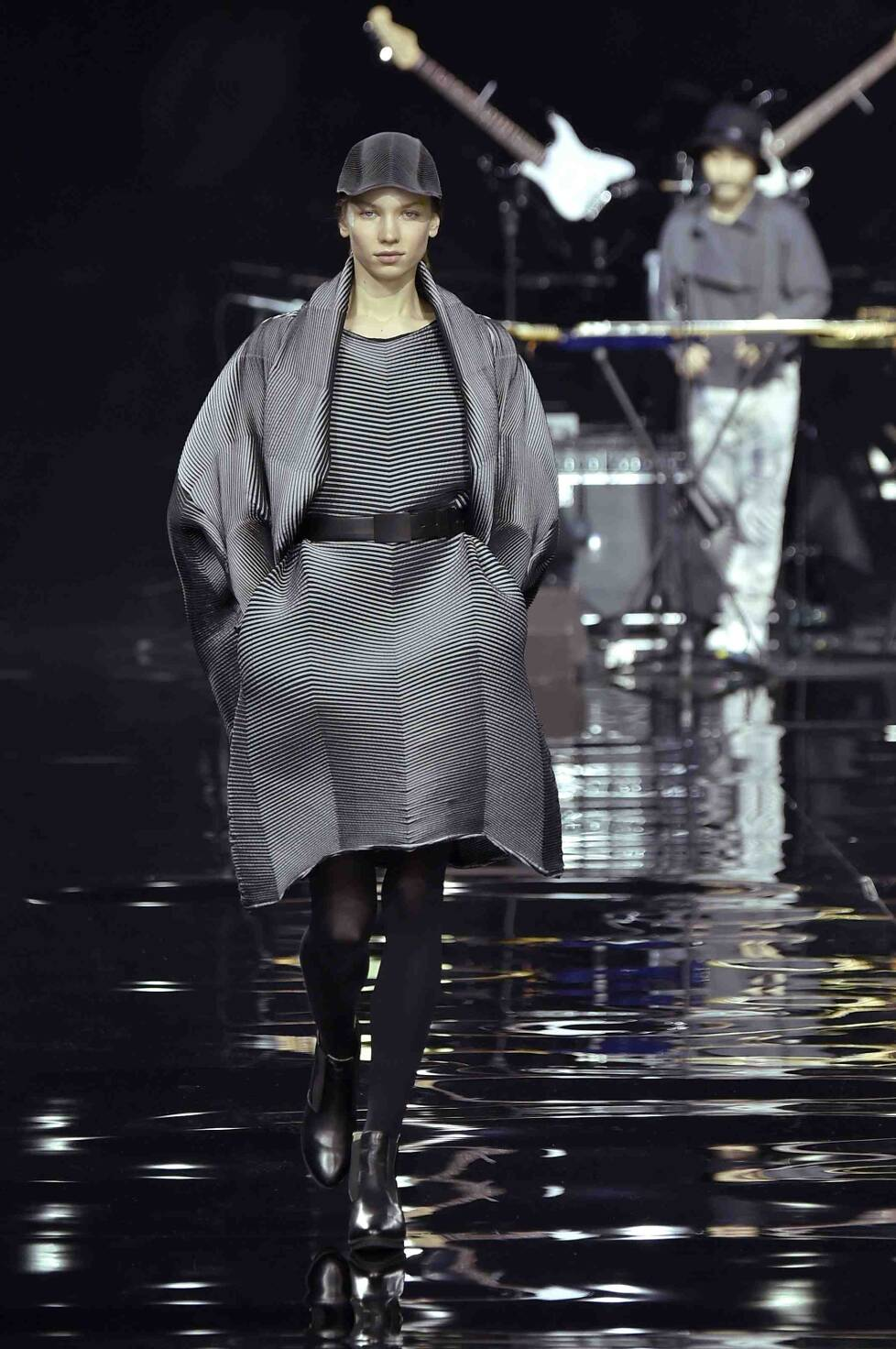 Catwalk Issey Miyake Womenswear Collection Winter 2015