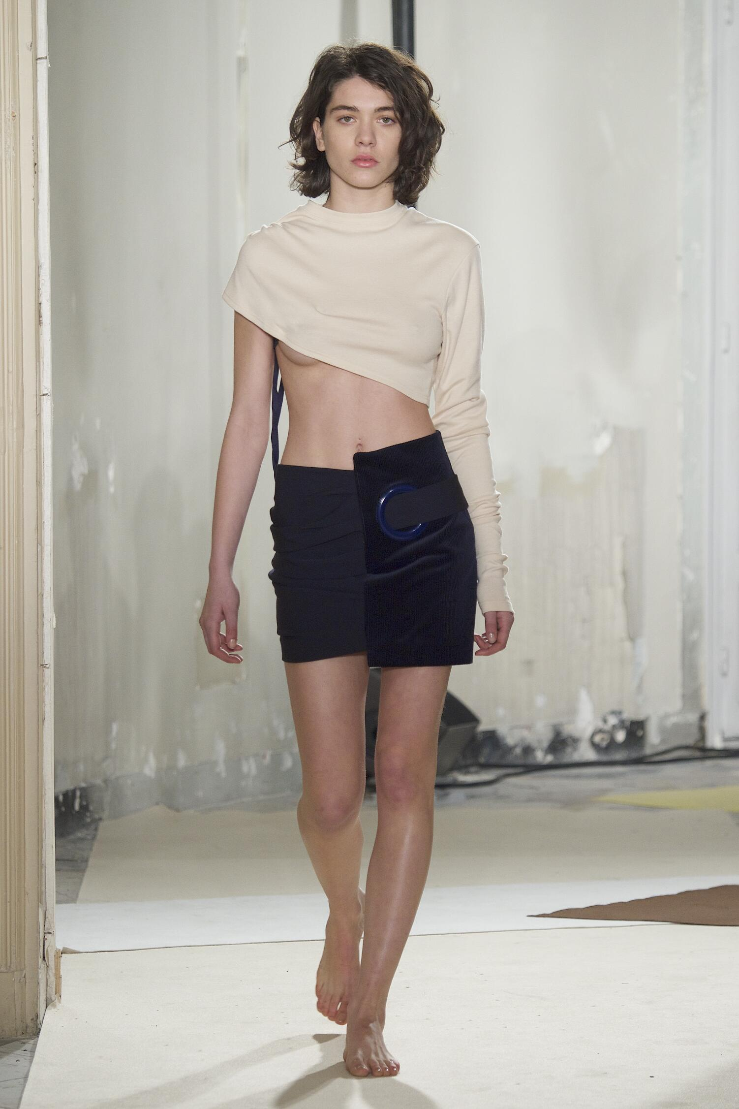 Catwalk Jacquemus Womenswear Collection Winter 2015